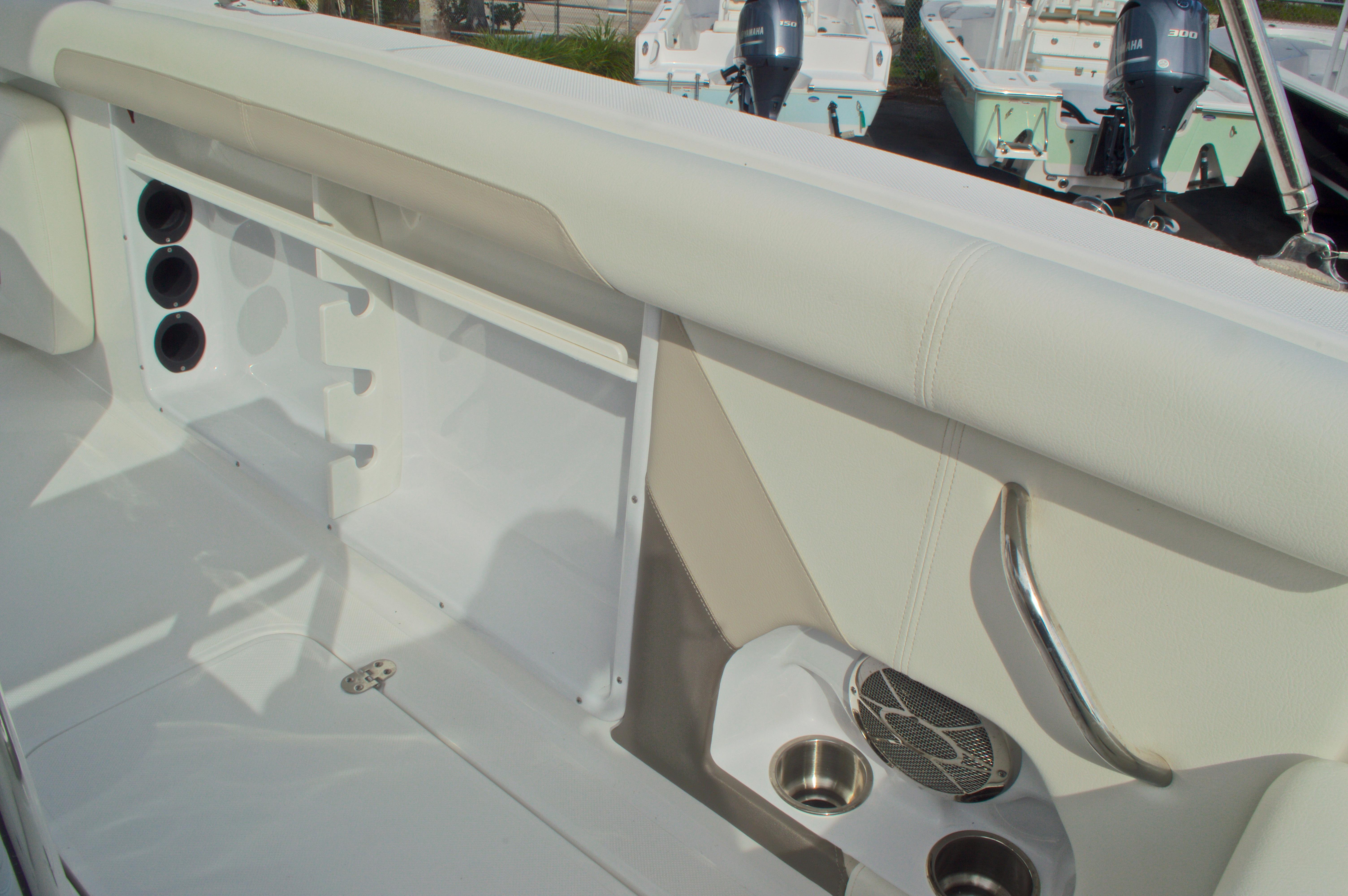 Thumbnail 26 for New 2016 Hurricane CC21 Center Console boat for sale in Vero Beach, FL