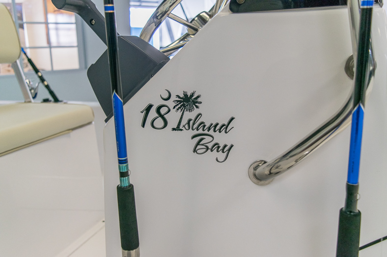 Thumbnail 10 for New 2016 Sportsman 18 Island Bay boat for sale in Miami, FL