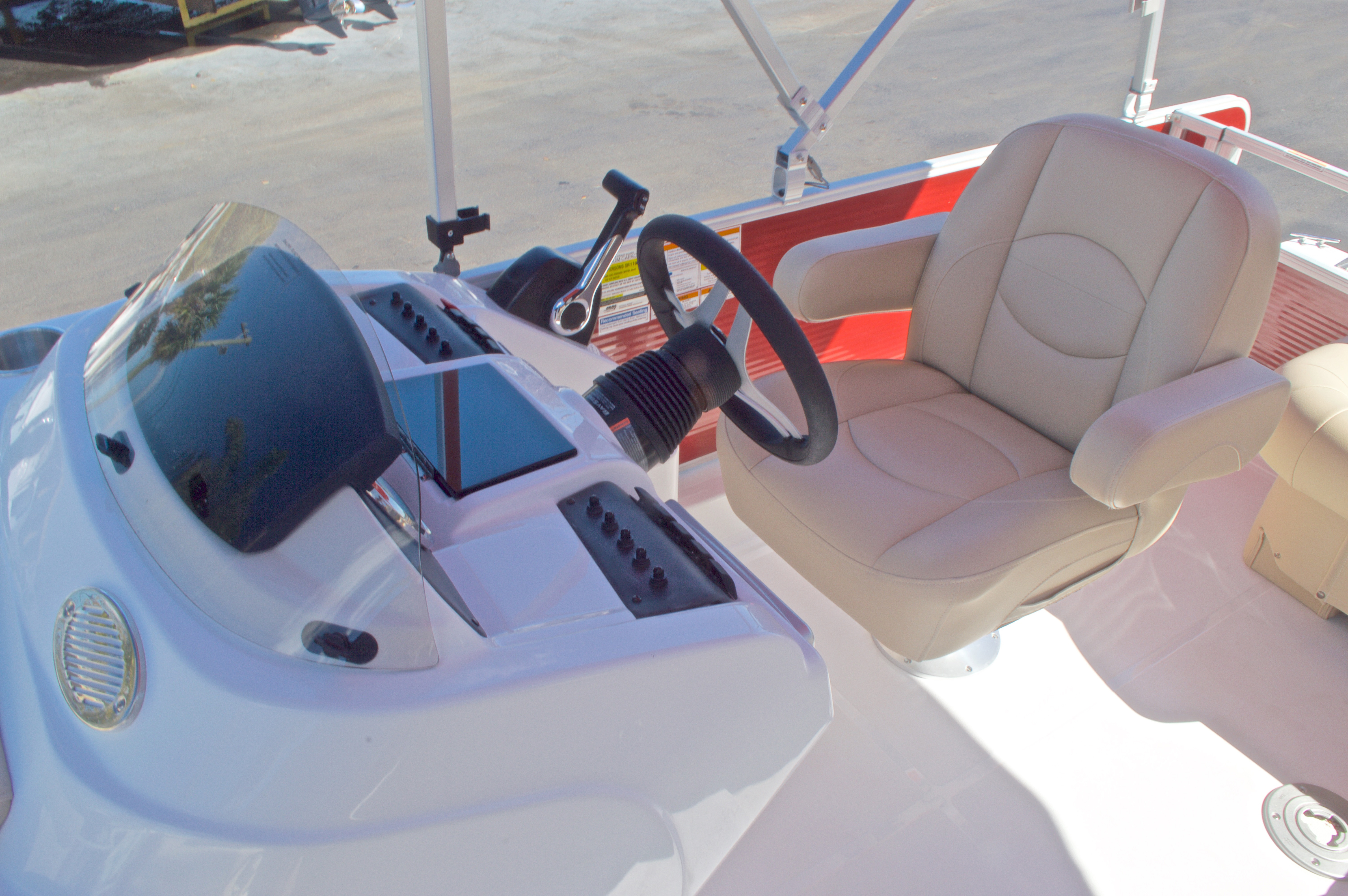 Thumbnail 32 for New 2016 Hurricane Fundeck FD 196 OB boat for sale in Vero Beach, FL