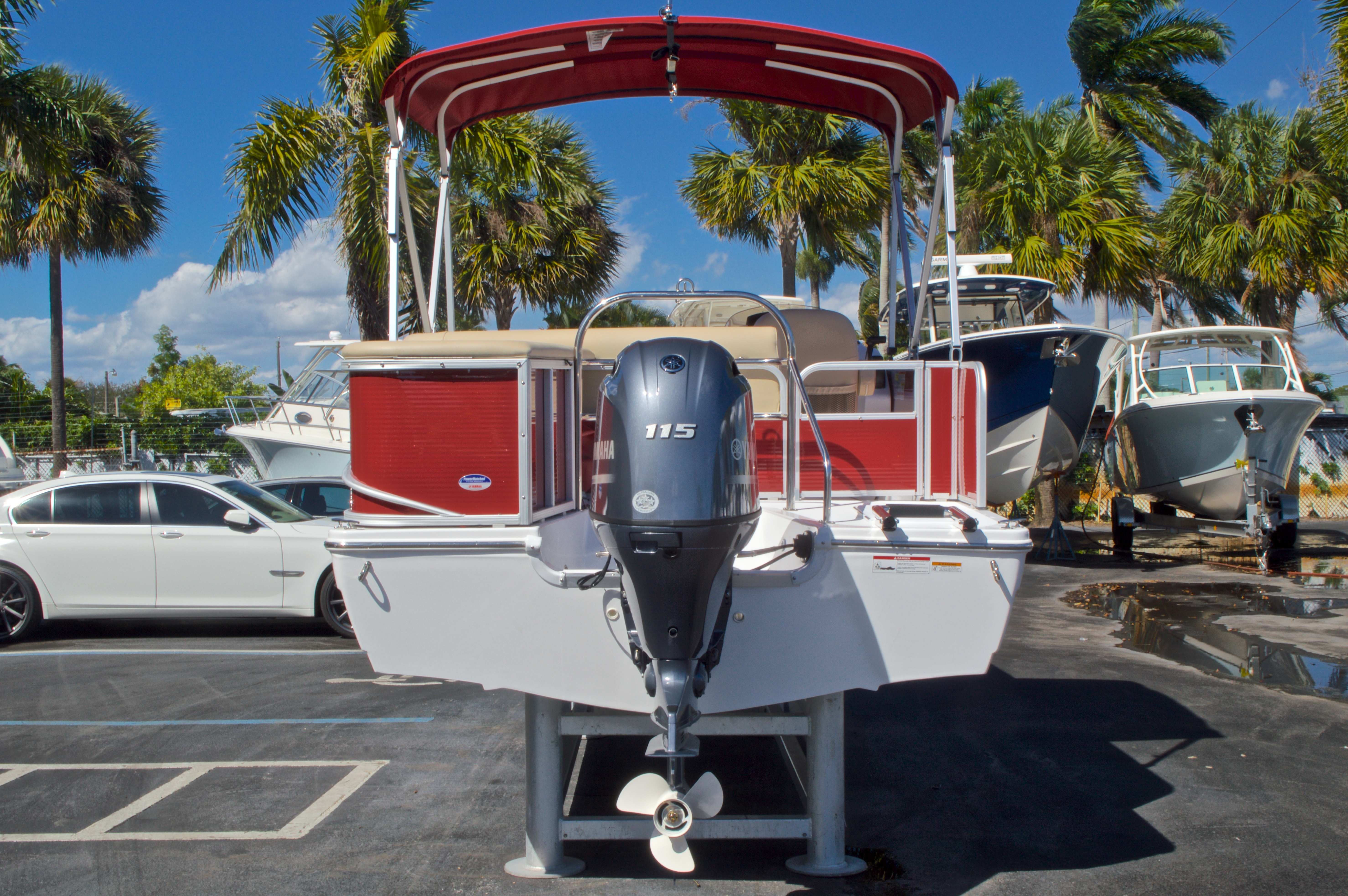 Thumbnail 7 for New 2016 Hurricane Fundeck FD 196 OB boat for sale in Vero Beach, FL