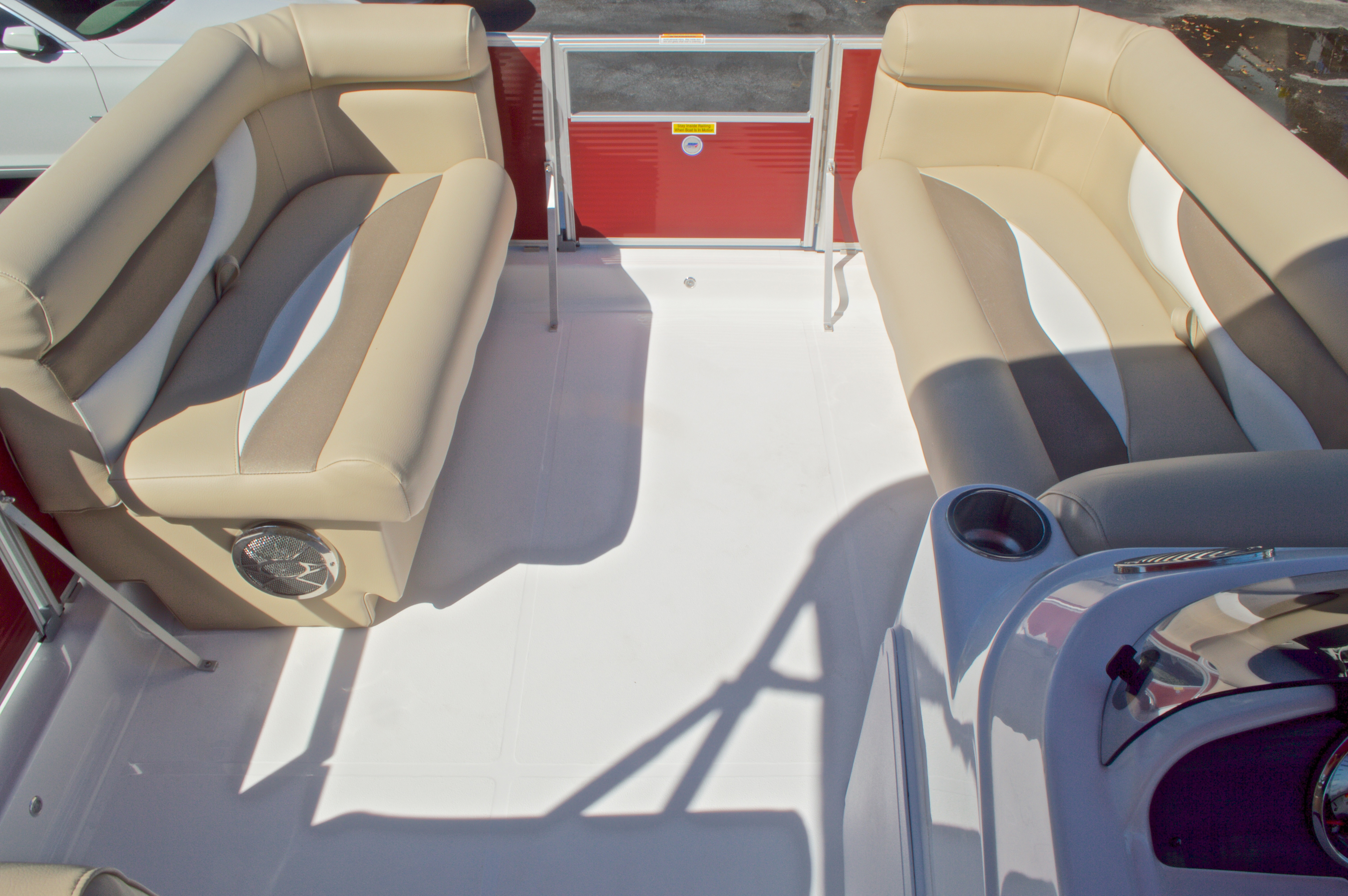 Thumbnail 50 for New 2016 Hurricane Fundeck FD 196 OB boat for sale in Vero Beach, FL
