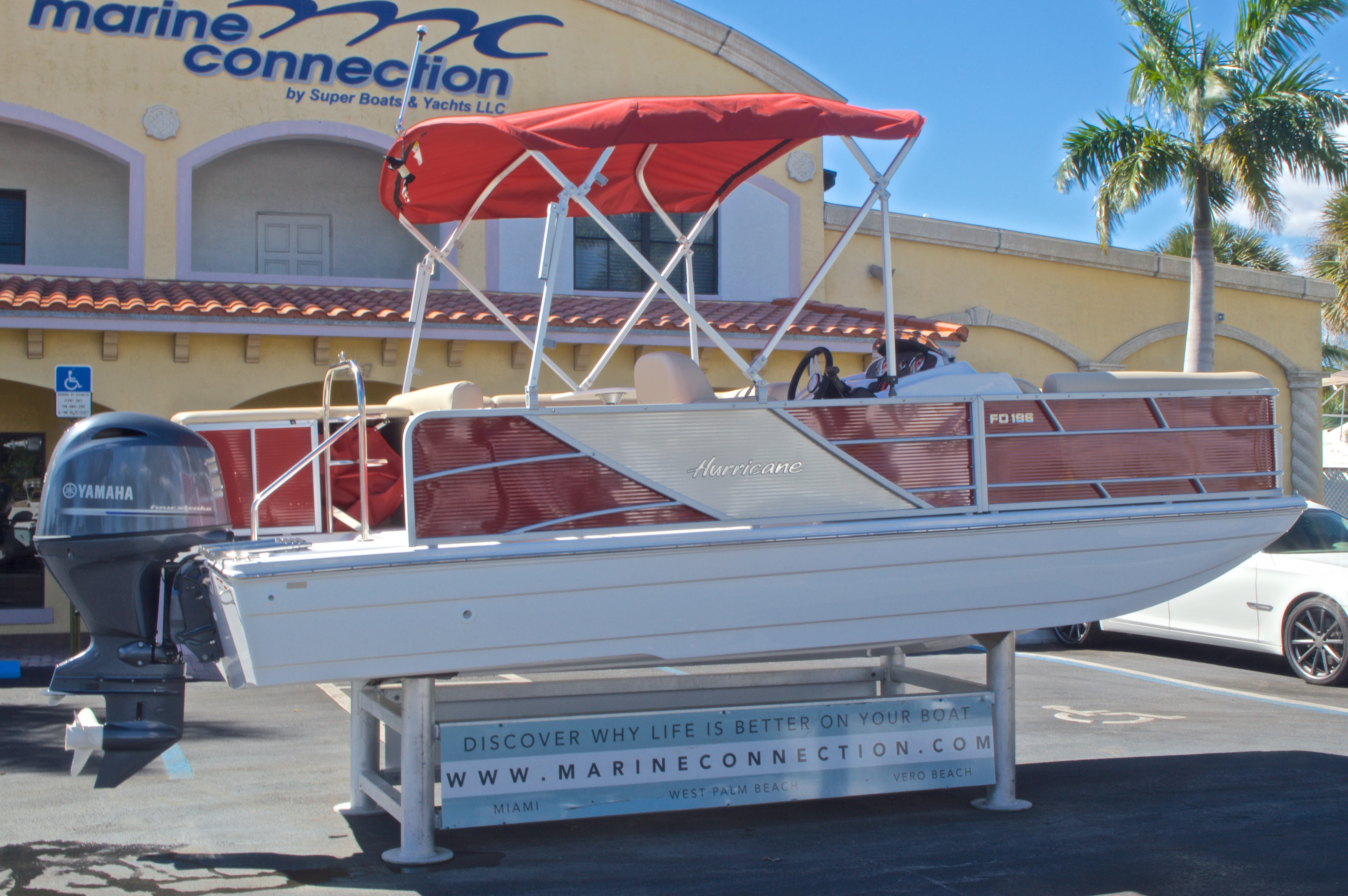 Thumbnail 8 for New 2016 Hurricane Fundeck FD 196 OB boat for sale in Vero Beach, FL