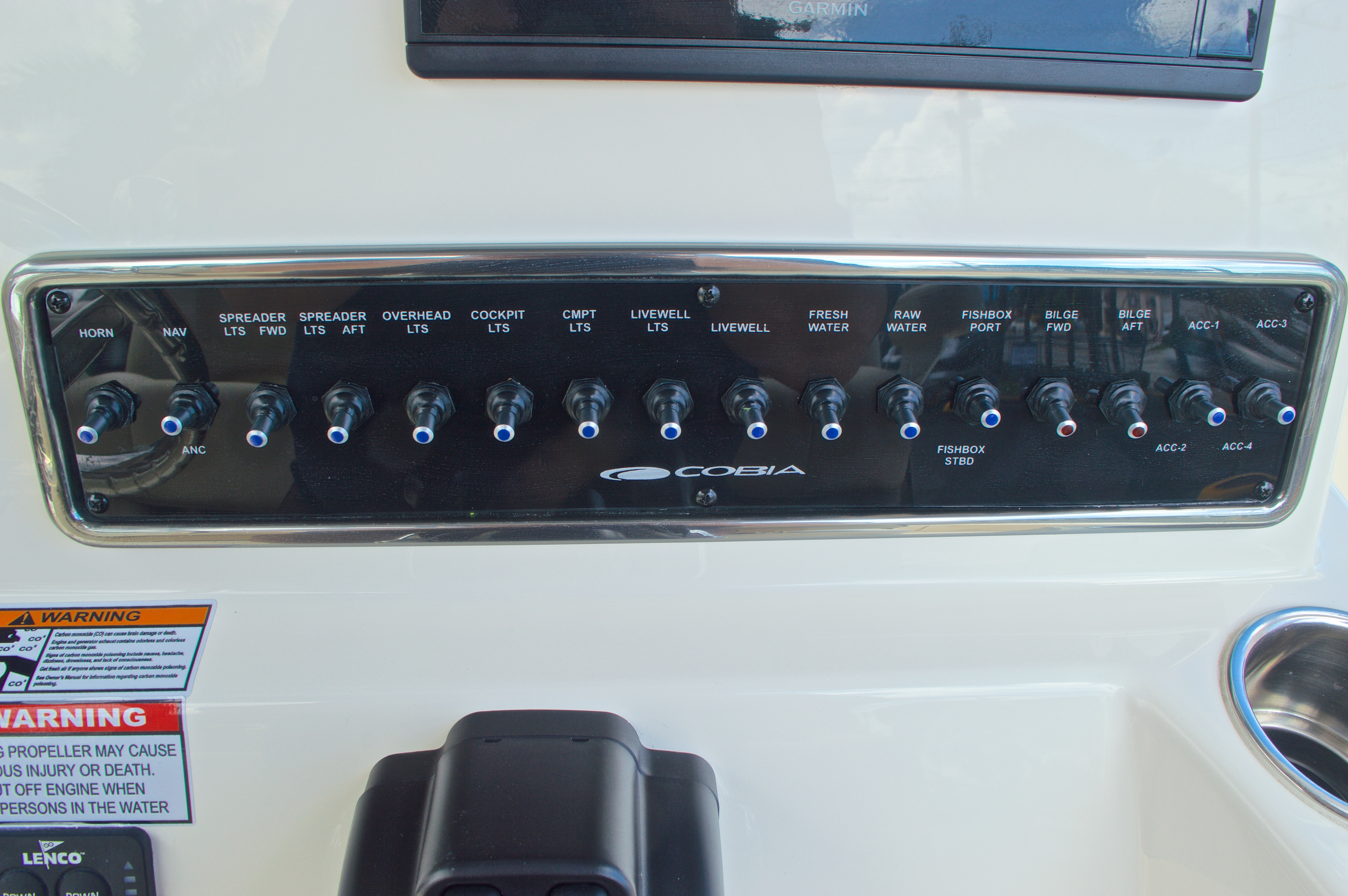 Thumbnail 46 for New 2016 Cobia 261 Center Console boat for sale in West Palm Beach, FL