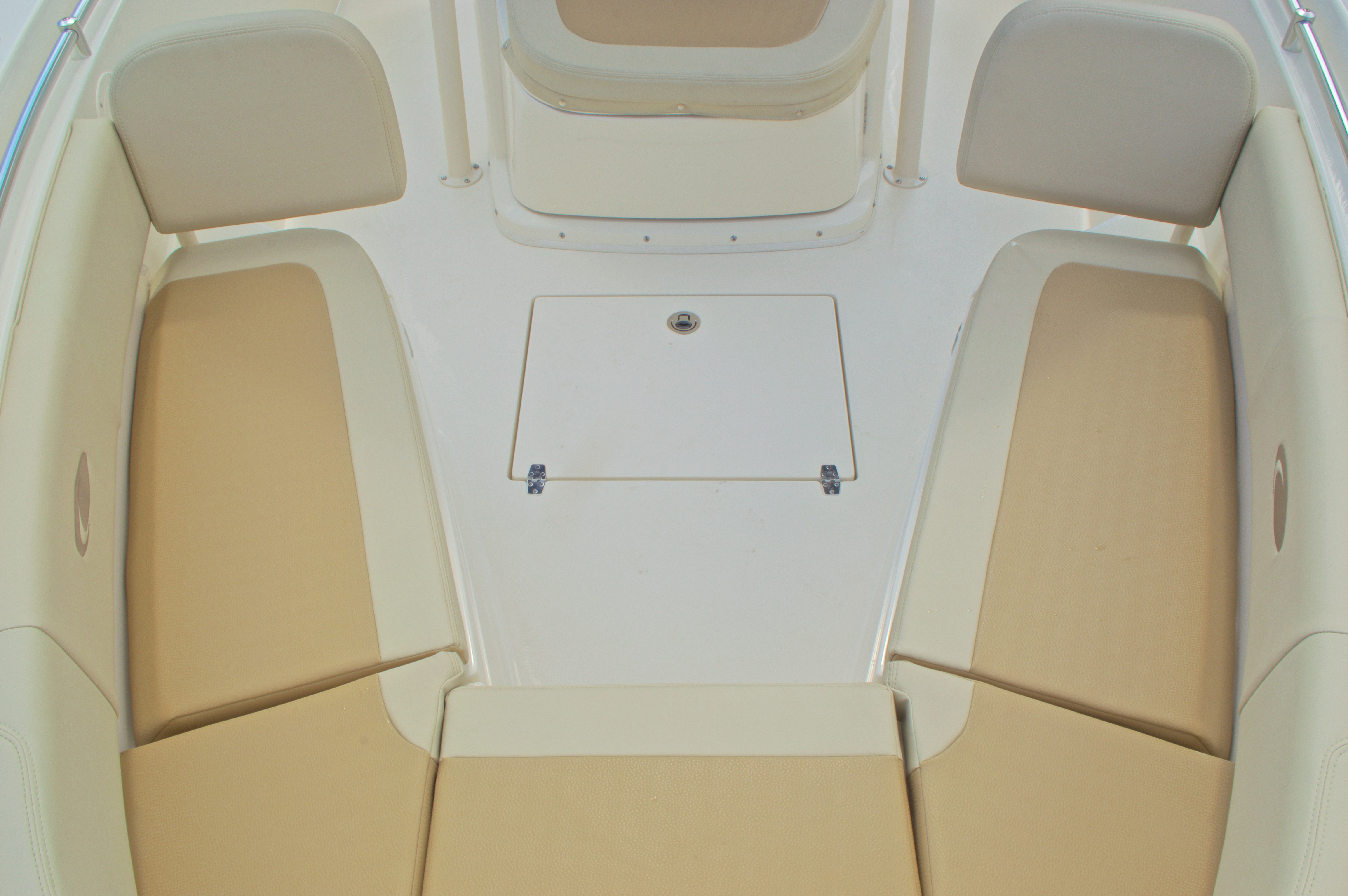 Thumbnail 66 for New 2016 Cobia 261 Center Console boat for sale in West Palm Beach, FL