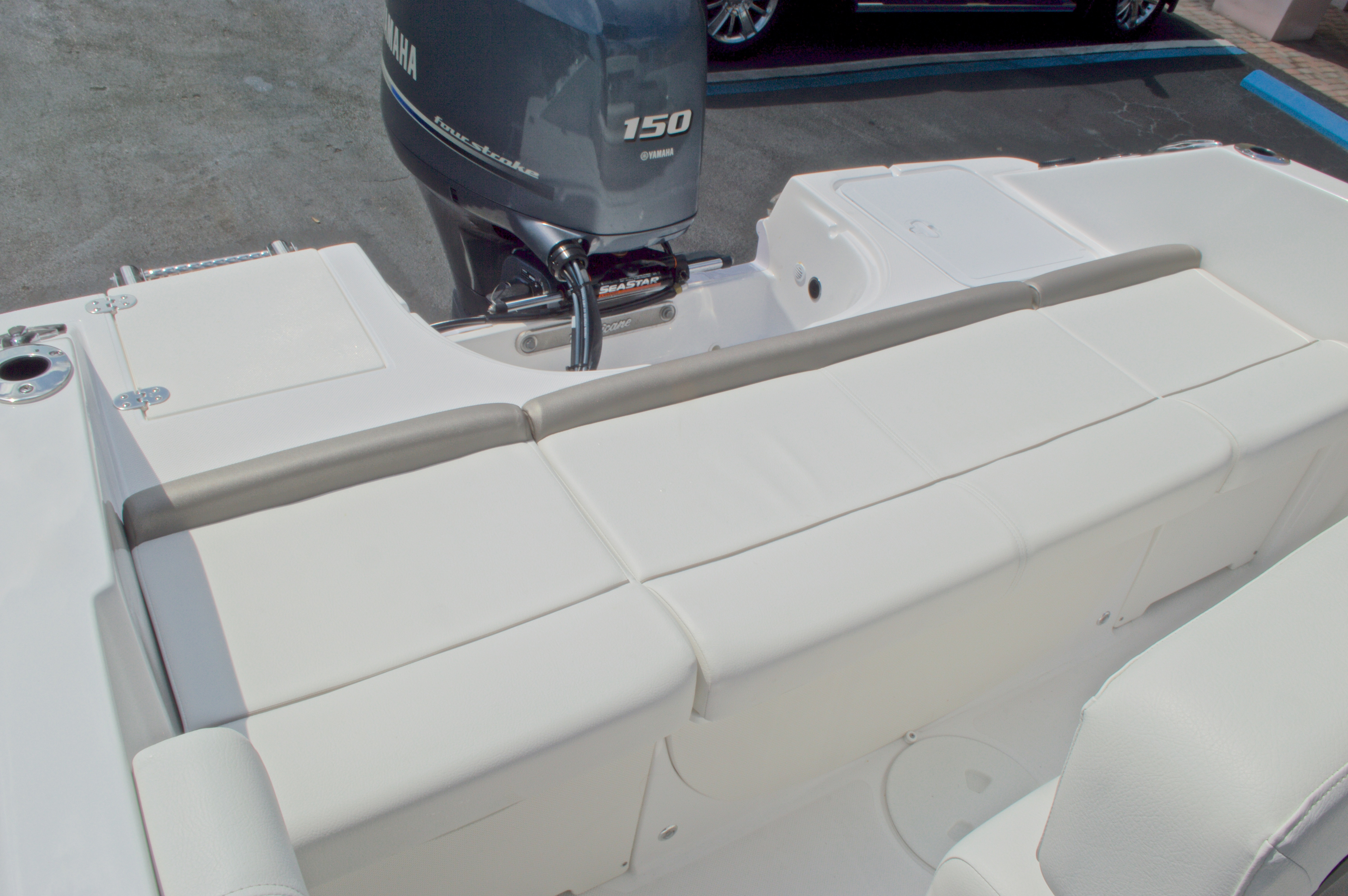 Thumbnail 13 for New 2016 Hurricane CC19 Center Console boat for sale in West Palm Beach, FL