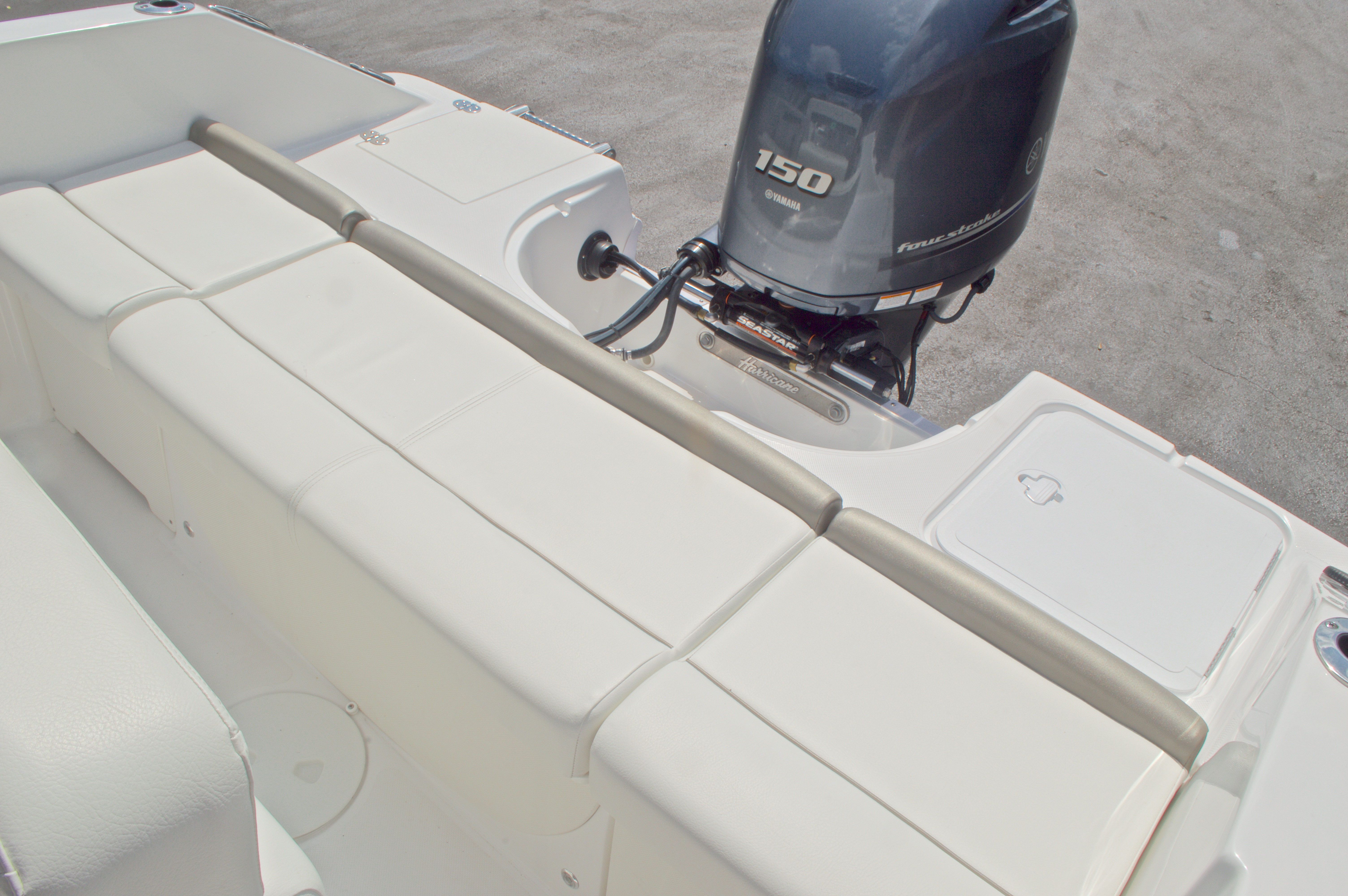 Thumbnail 14 for New 2016 Hurricane CC19 Center Console boat for sale in West Palm Beach, FL