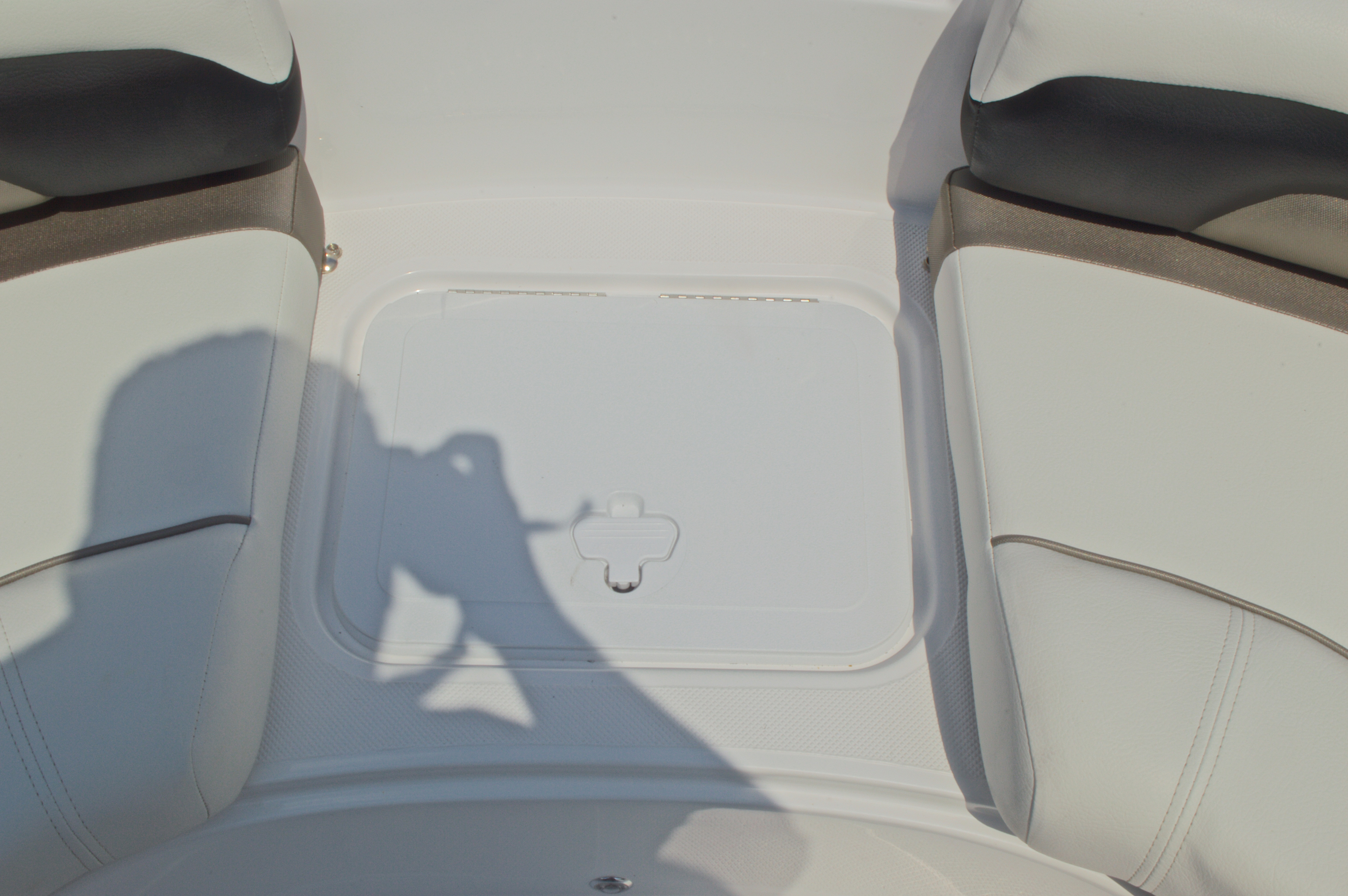 Thumbnail 46 for New 2016 Hurricane CC19 Center Console boat for sale in West Palm Beach, FL