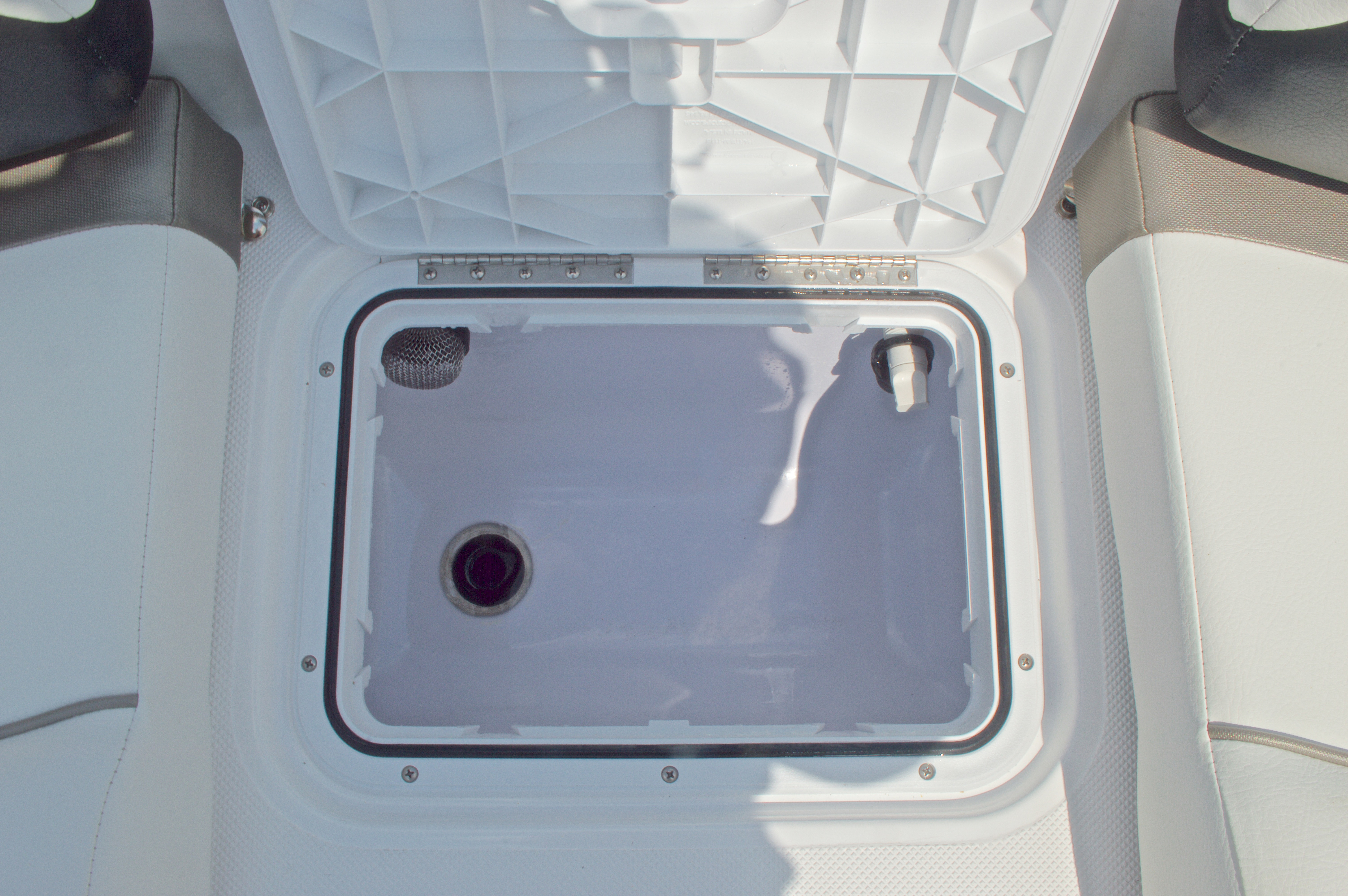 Thumbnail 47 for New 2016 Hurricane CC19 Center Console boat for sale in West Palm Beach, FL