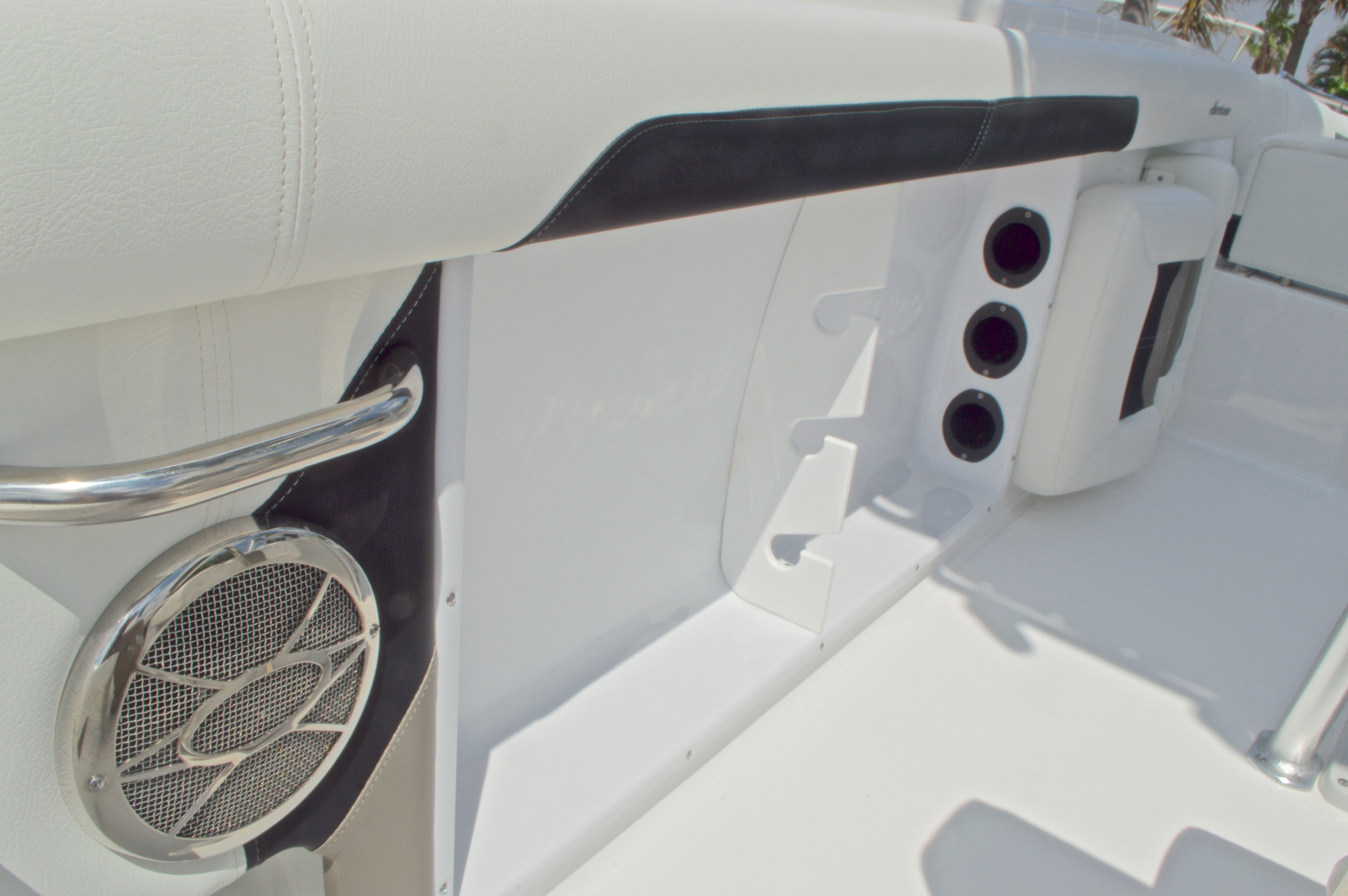 Thumbnail 24 for New 2016 Hurricane CC19 Center Console boat for sale in West Palm Beach, FL