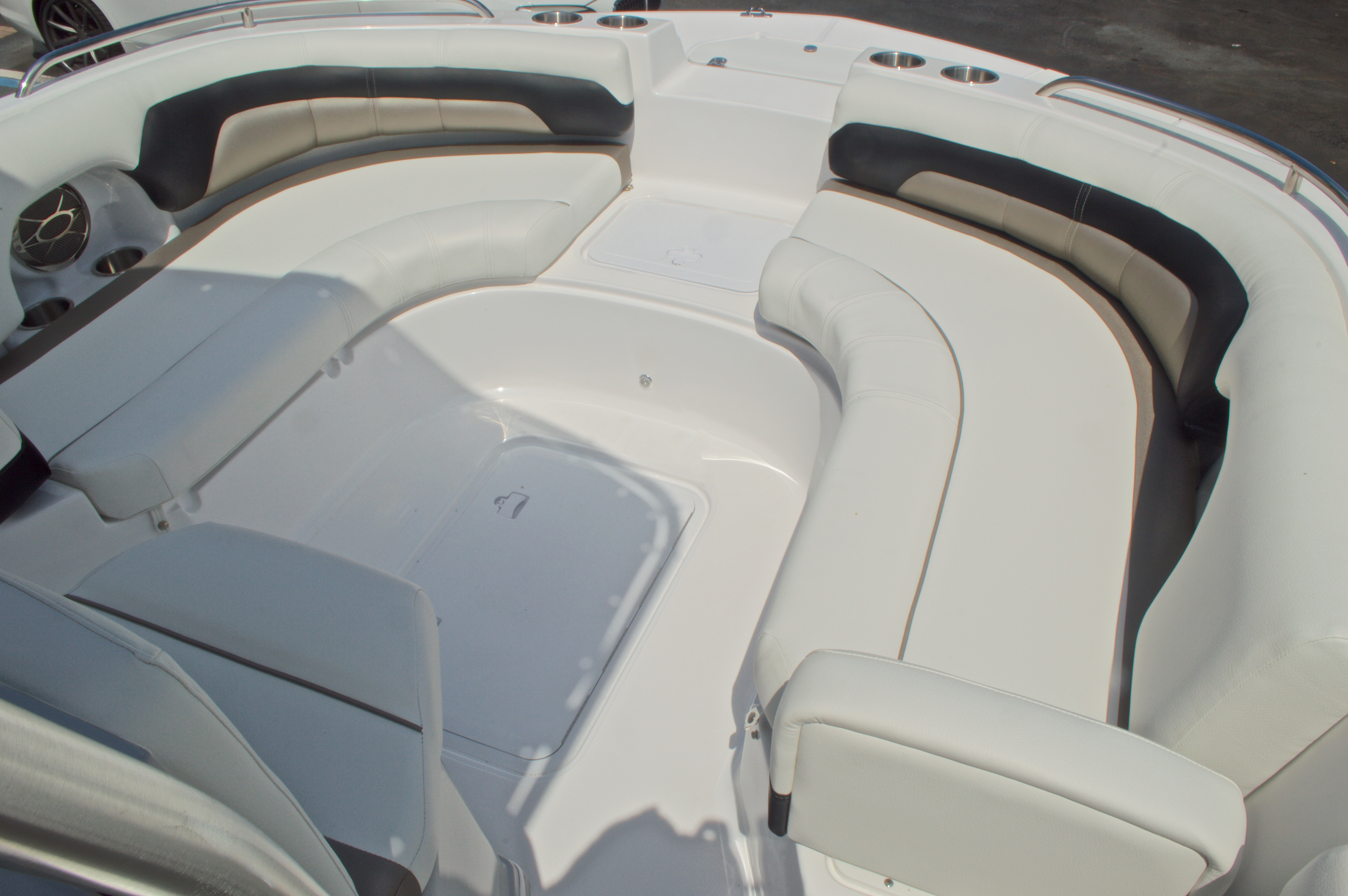 Thumbnail 38 for New 2016 Hurricane CC19 Center Console boat for sale in West Palm Beach, FL