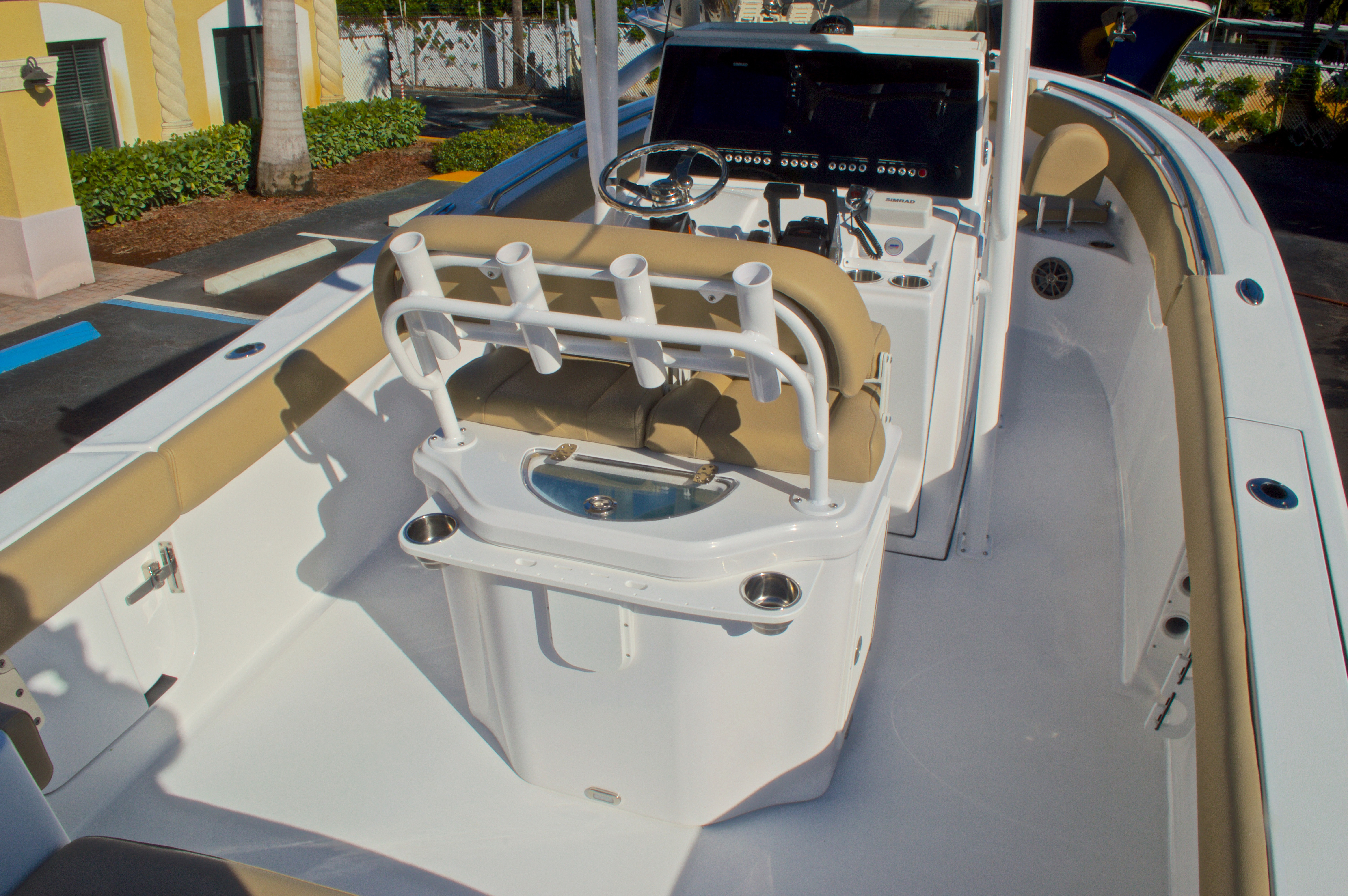 Thumbnail 8 for New 2016 Sportsman Heritage 251 Center Console boat for sale in West Palm Beach, FL