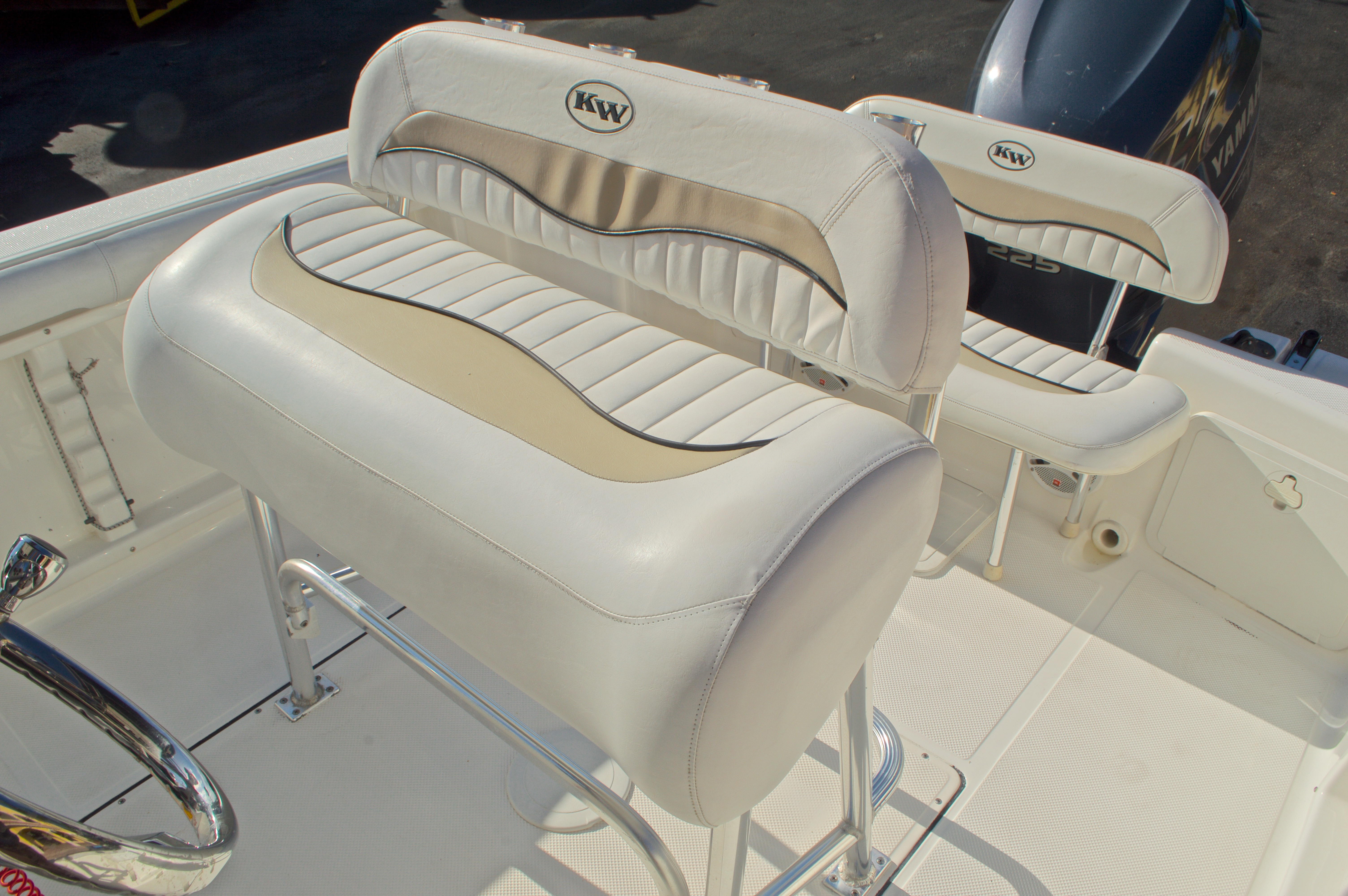 Thumbnail 21 for Used 2009 Key West 225 Center Console boat for sale in West Palm Beach, FL