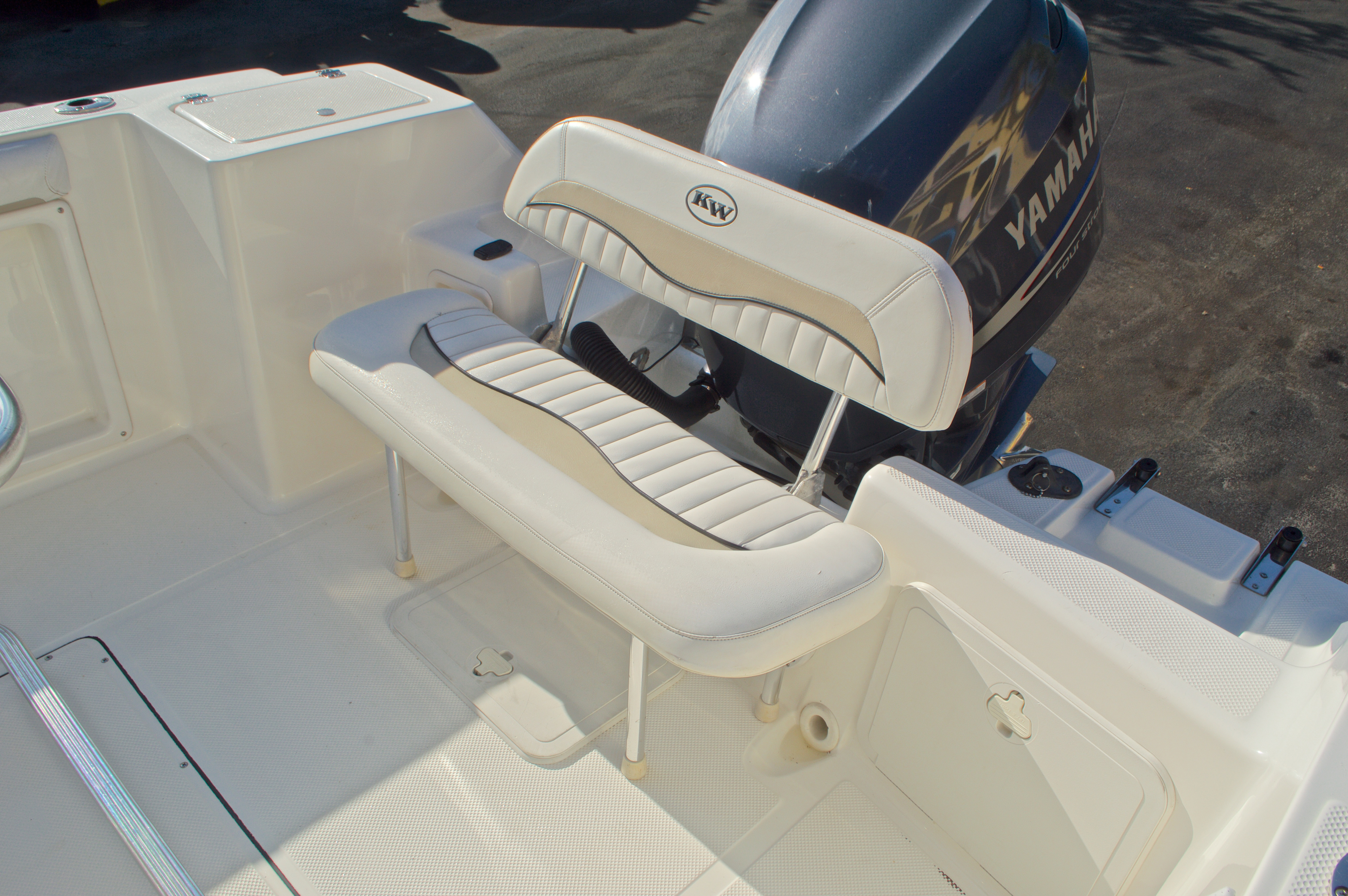 Thumbnail 11 for Used 2009 Key West 225 Center Console boat for sale in West Palm Beach, FL
