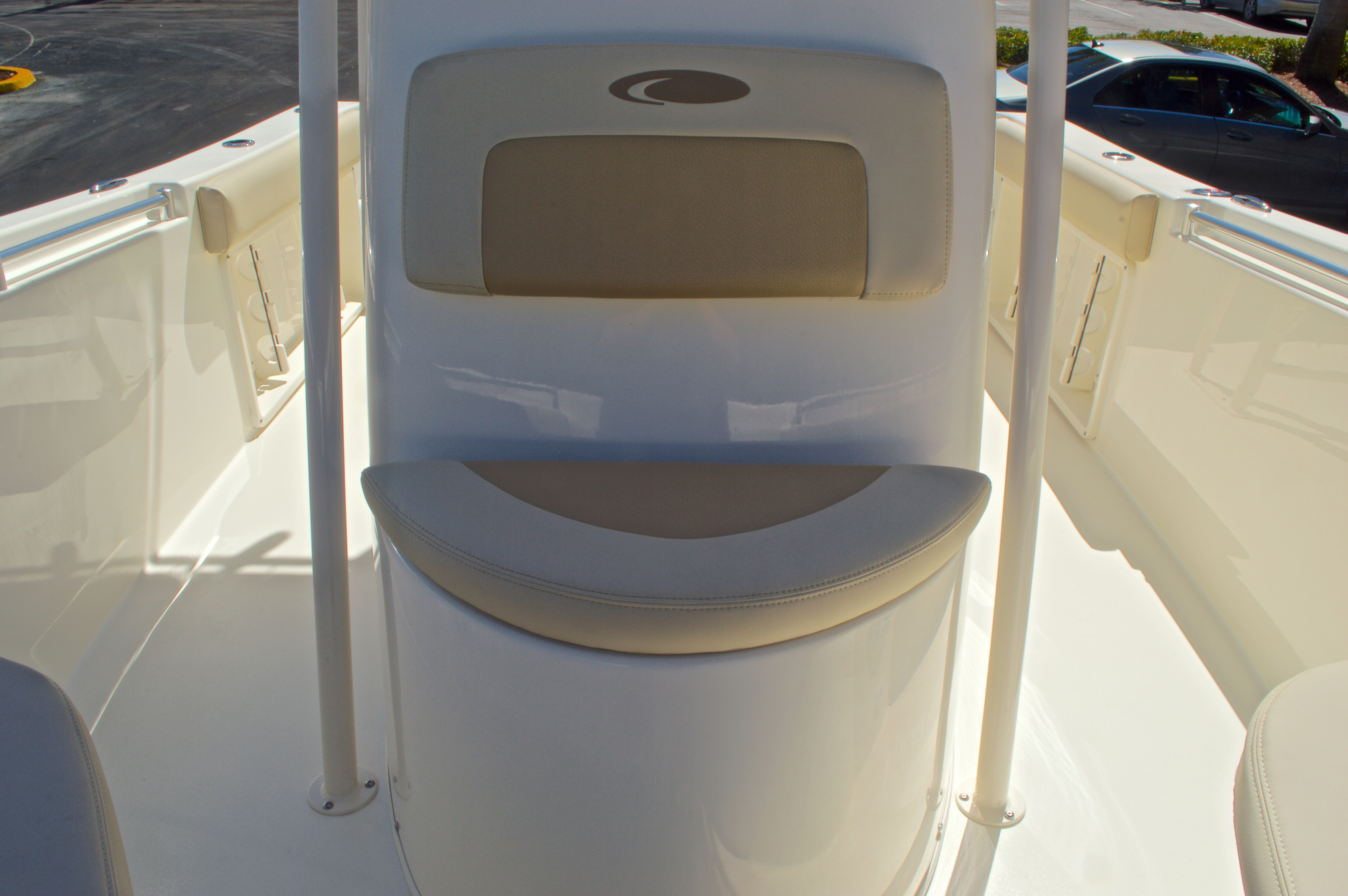 Thumbnail 36 for New 2016 Cobia 201 Center Console boat for sale in Vero Beach, FL