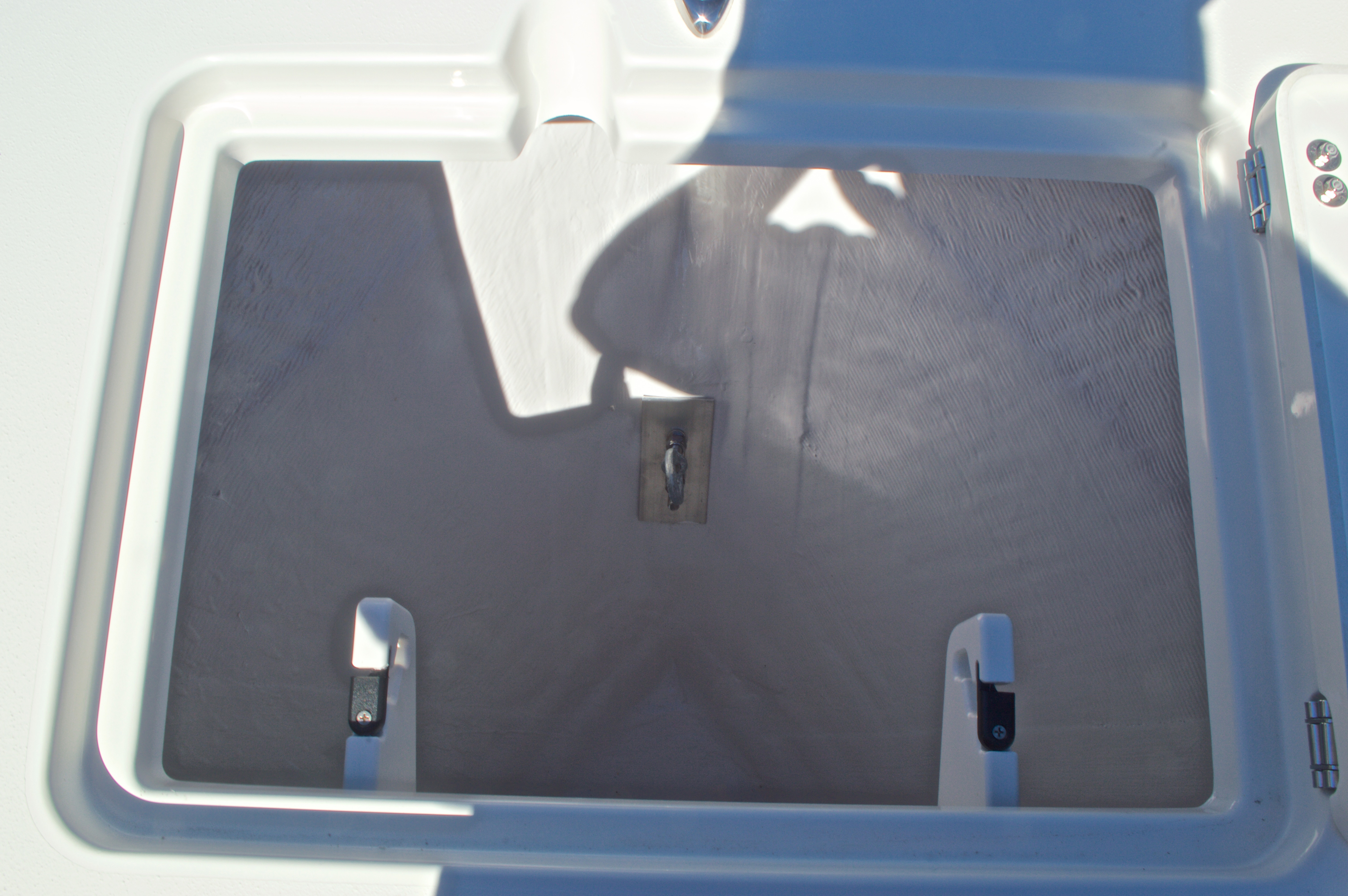 Thumbnail 39 for New 2016 Cobia 201 Center Console boat for sale in Vero Beach, FL