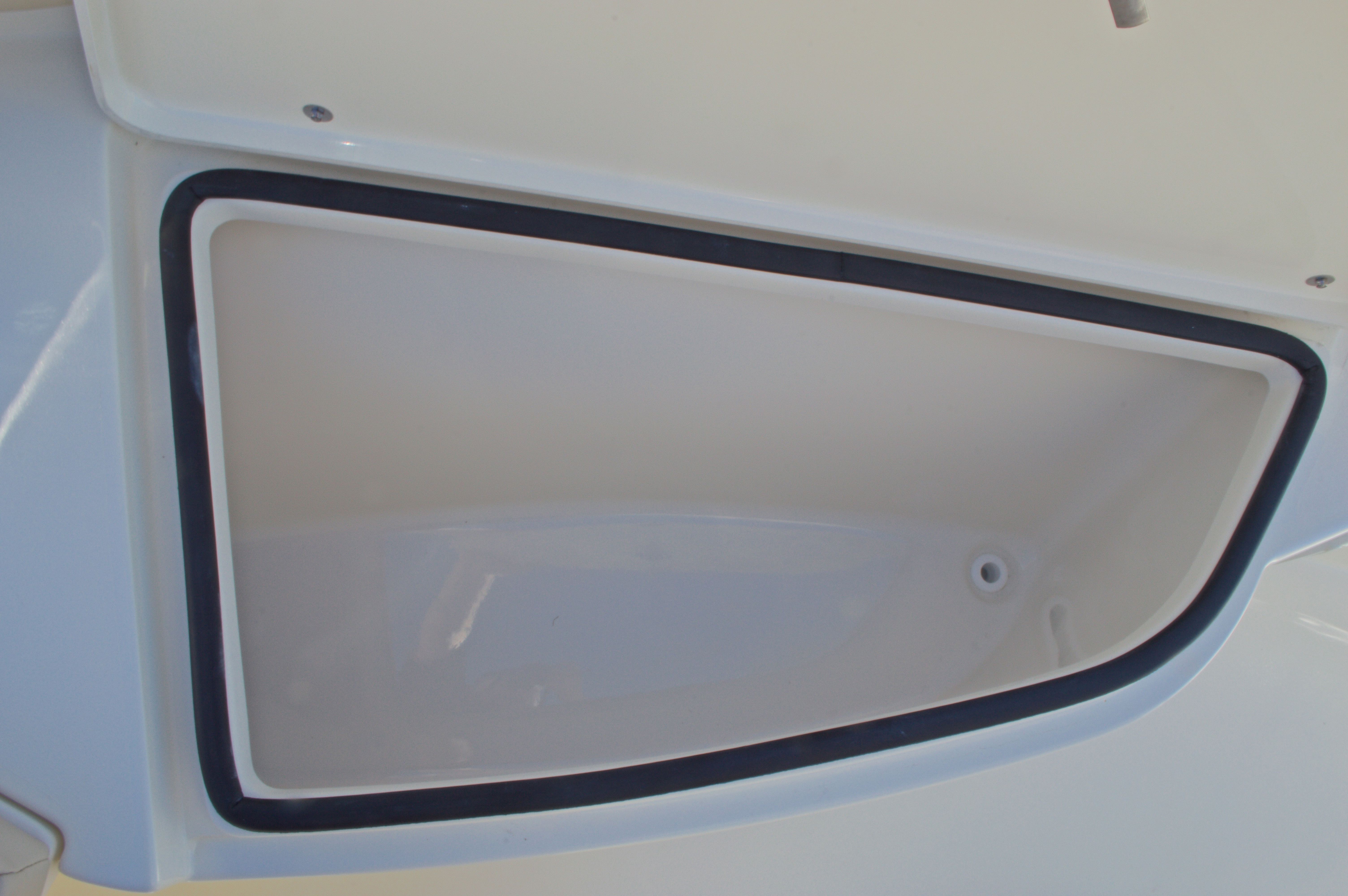 Thumbnail 35 for New 2016 Cobia 201 Center Console boat for sale in Vero Beach, FL