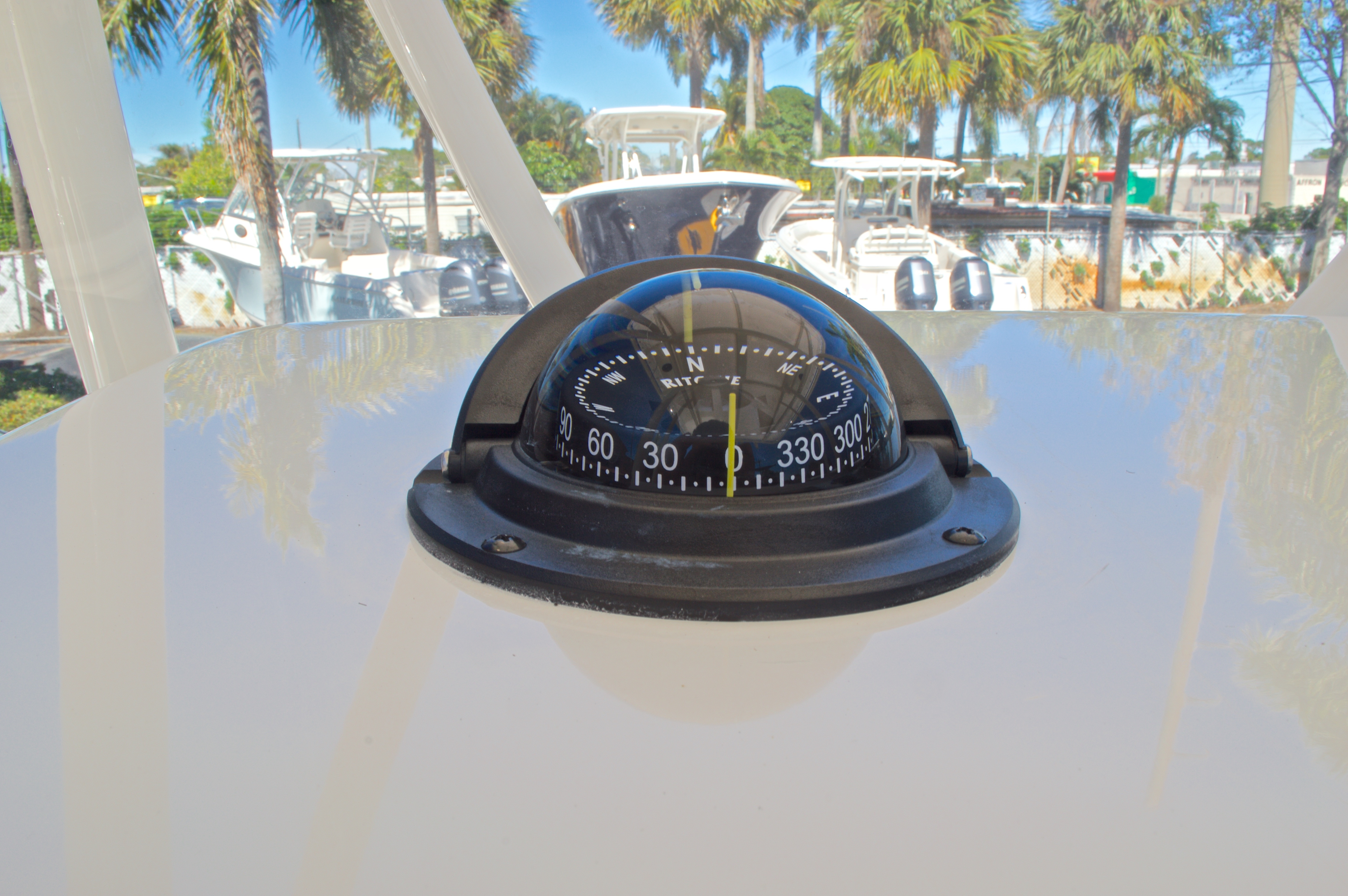 Thumbnail 24 for New 2016 Cobia 201 Center Console boat for sale in Vero Beach, FL