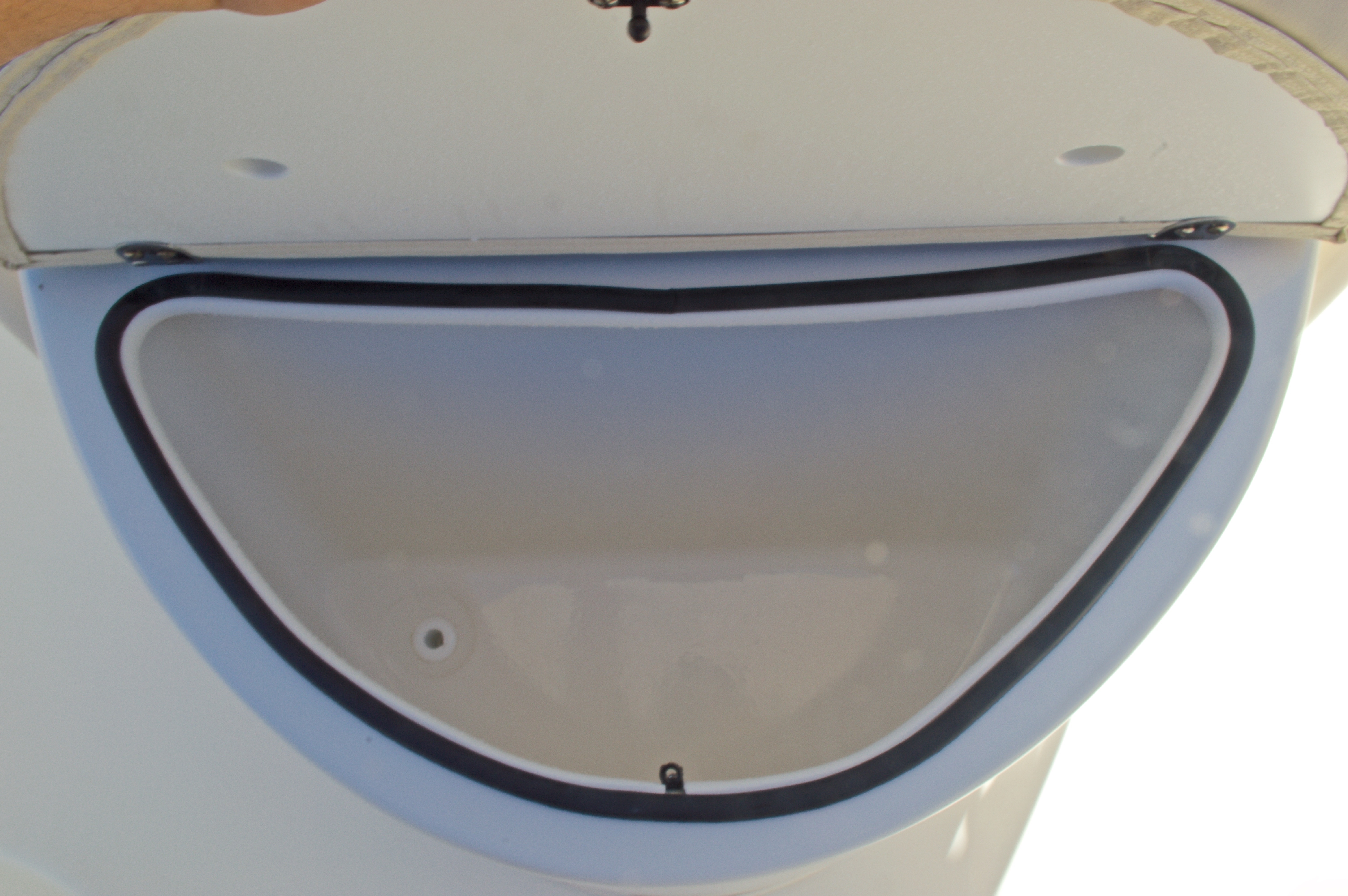 Thumbnail 37 for New 2016 Cobia 201 Center Console boat for sale in Vero Beach, FL
