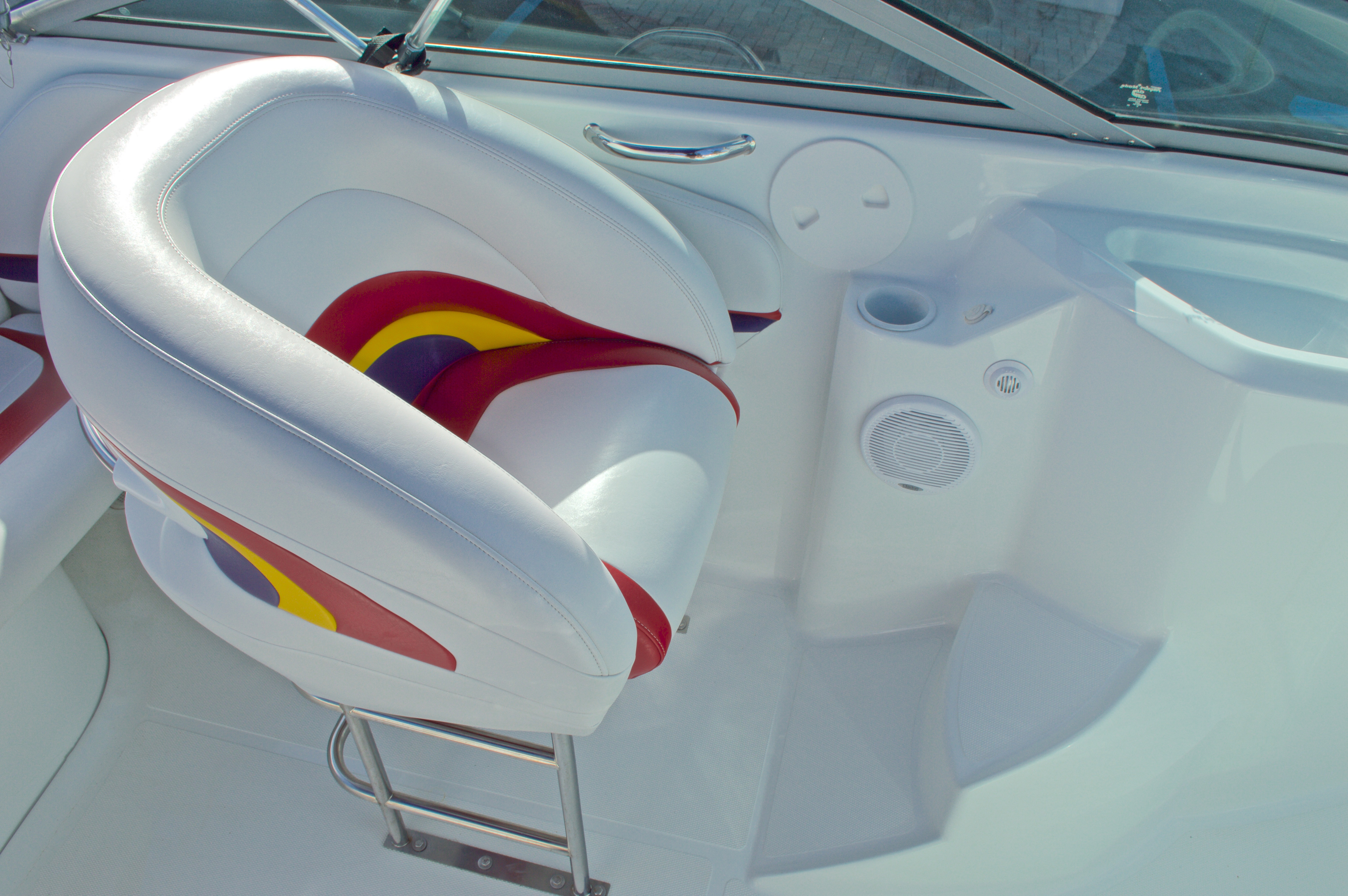 Thumbnail 32 for Used 2003 Baja 242 Islander boat for sale in West Palm Beach, FL