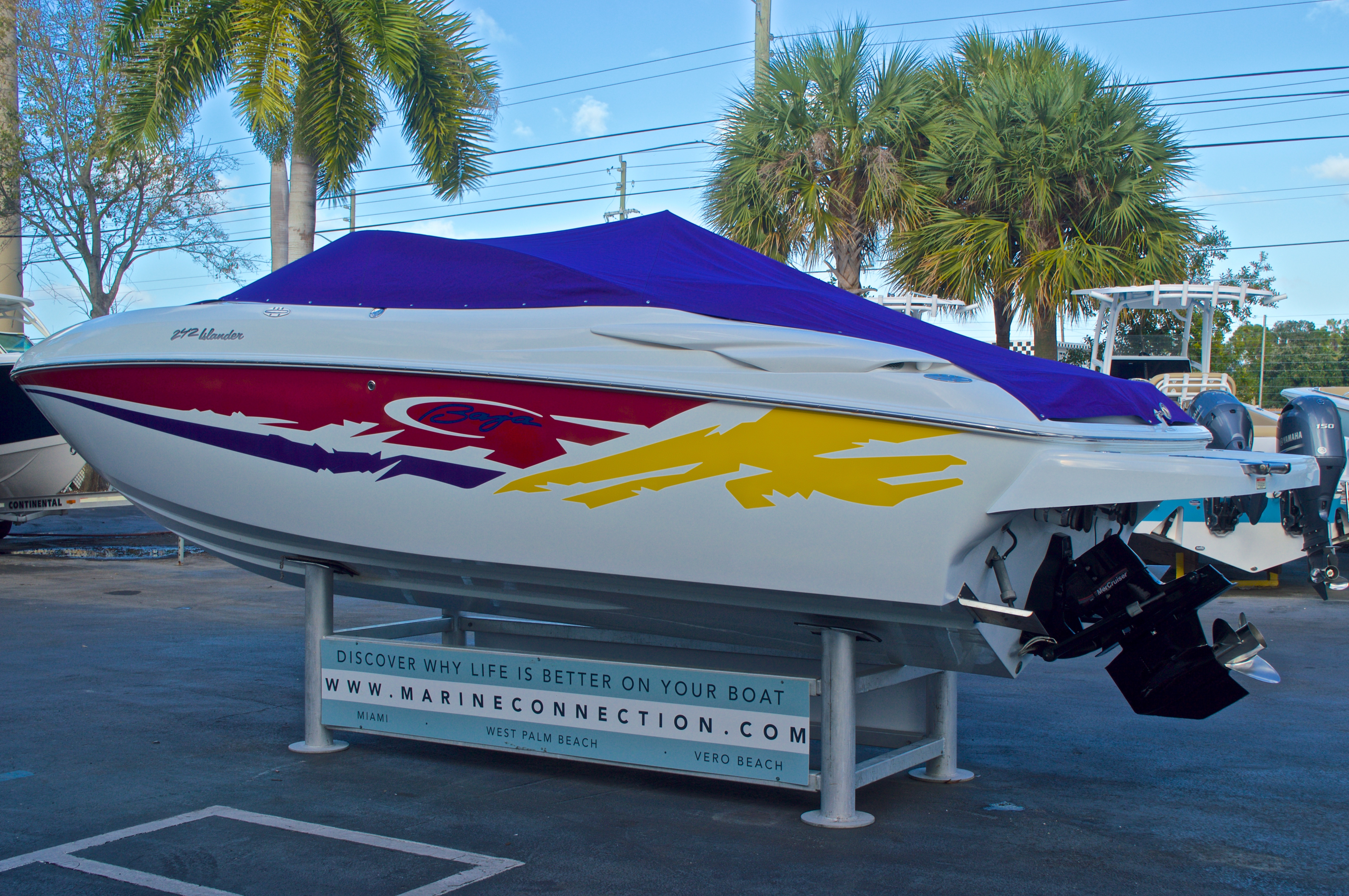 Thumbnail 15 for Used 2003 Baja 242 Islander boat for sale in West Palm Beach, FL