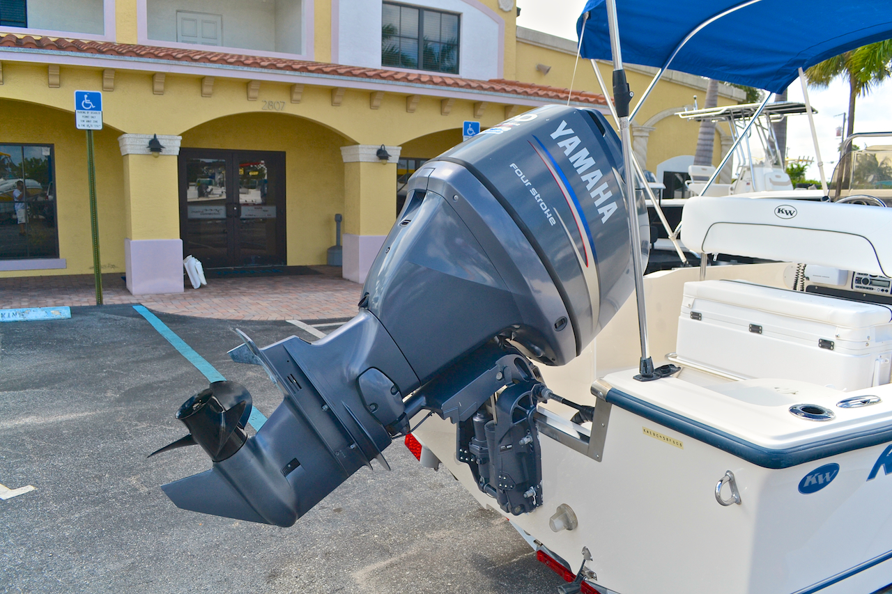 Thumbnail 10 for Used 2006 Key West 1720 Sportsman Center Console boat for sale in West Palm Beach, FL