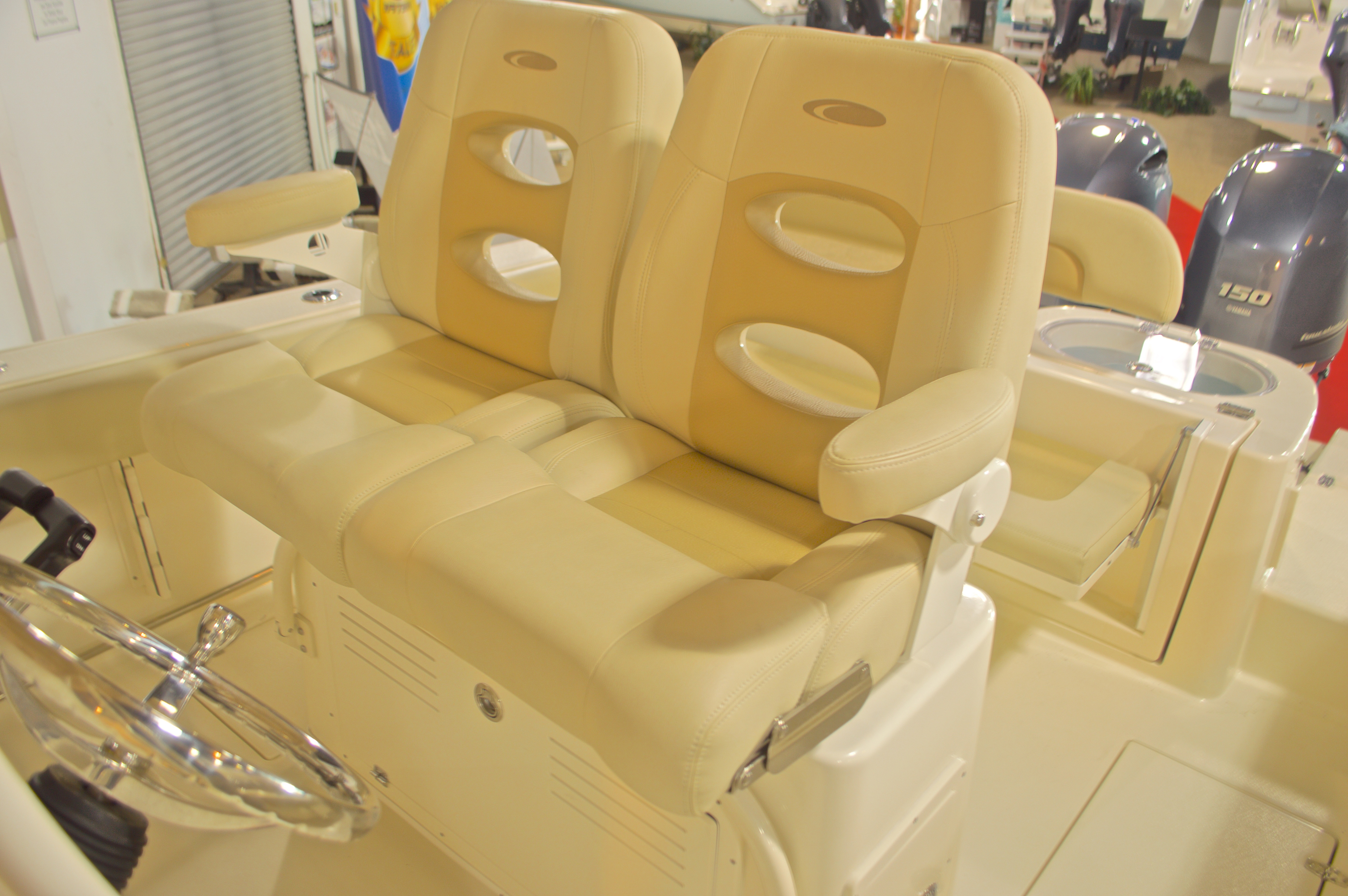 Thumbnail 15 for New 2016 Cobia 261 Center Console boat for sale in West Palm Beach, FL