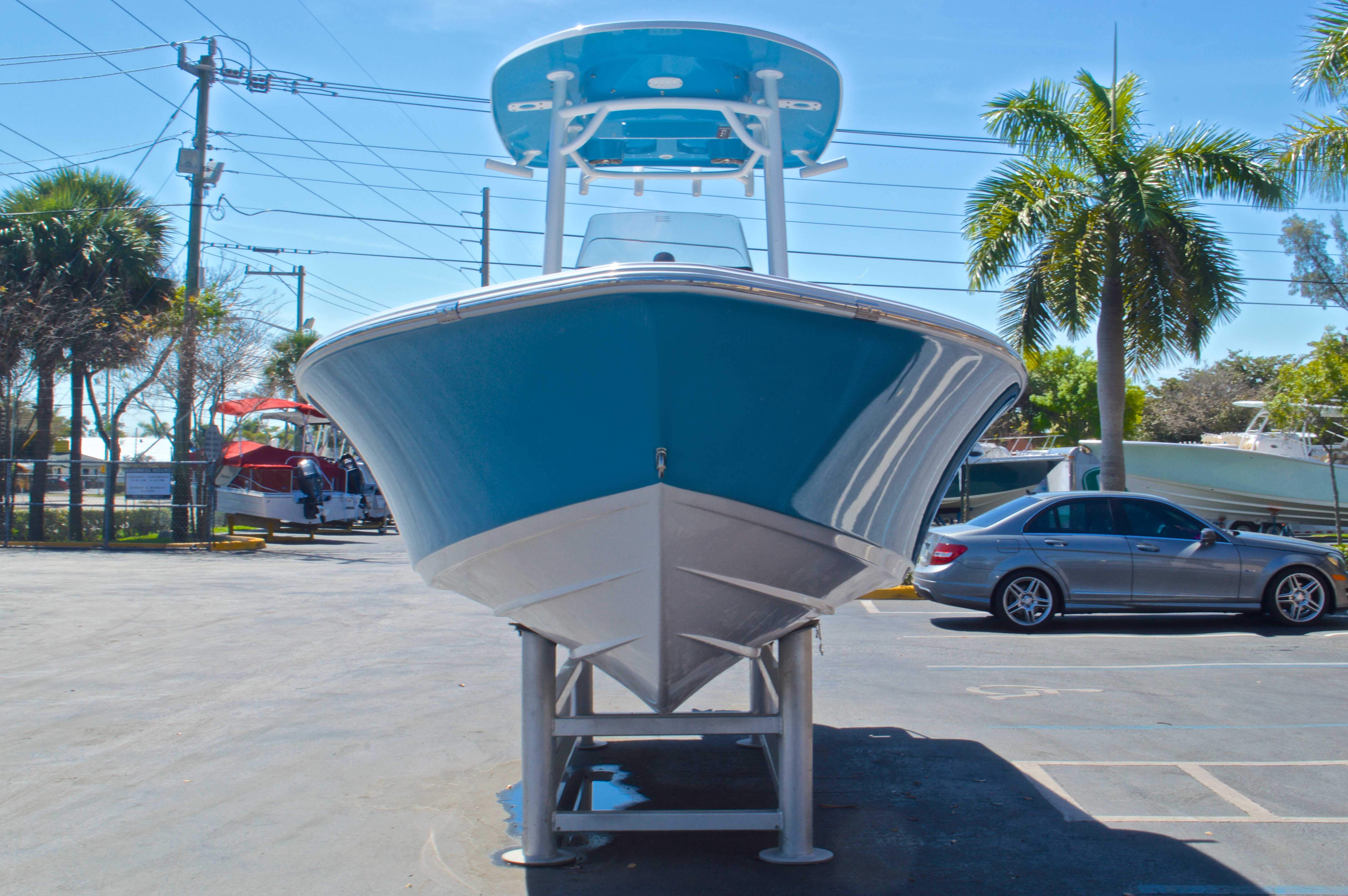 Thumbnail 2 for New 2016 Sportsman Masters 247 Bay Boat boat for sale in West Palm Beach, FL
