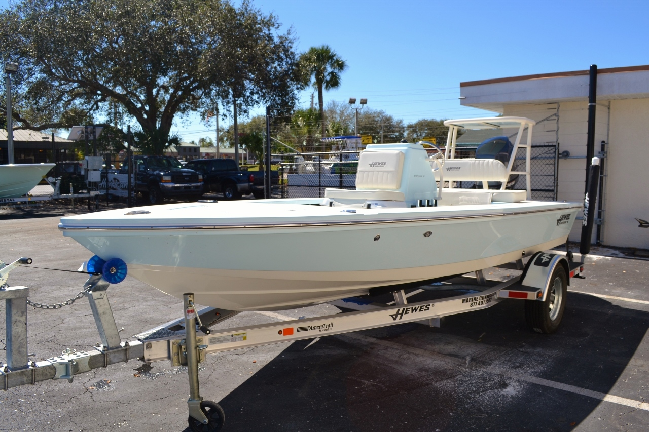 Thumbnail 3 for New 2016 Hewes 16 Redfisher boat for sale in Vero Beach, FL