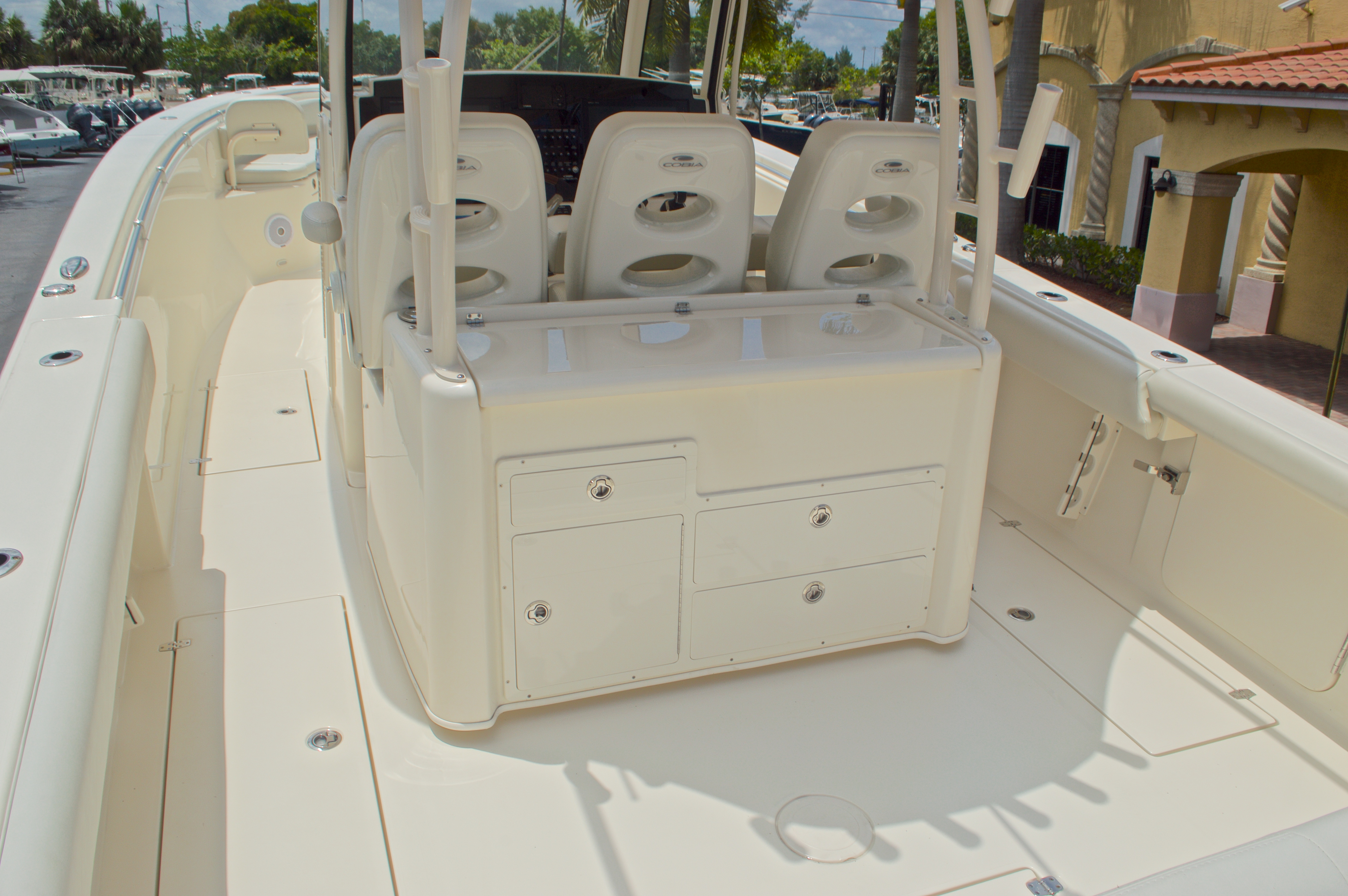 Thumbnail 14 for New 2016 Cobia 344 Center Console boat for sale in West Palm Beach, FL
