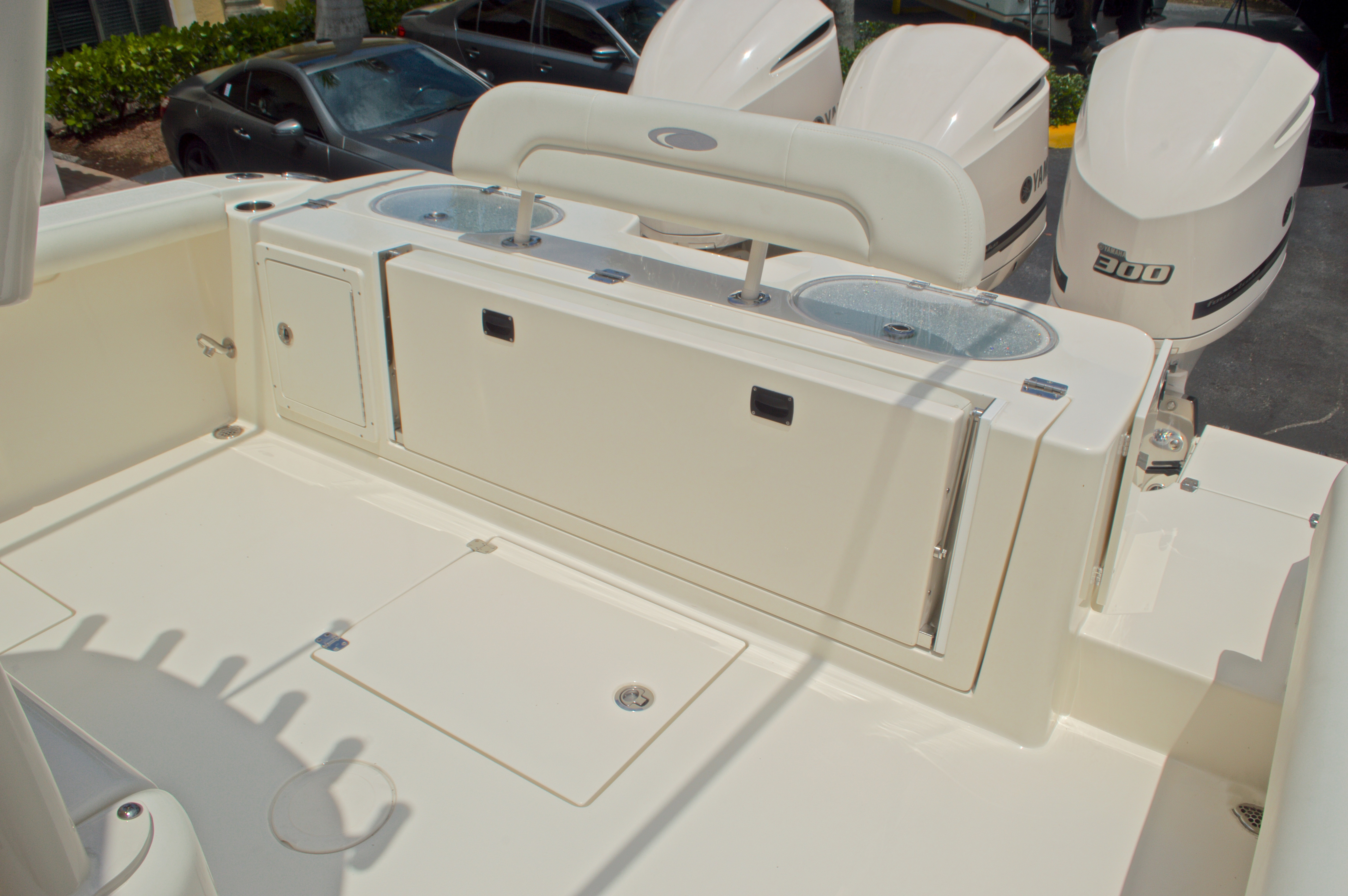 Thumbnail 15 for New 2016 Cobia 344 Center Console boat for sale in West Palm Beach, FL
