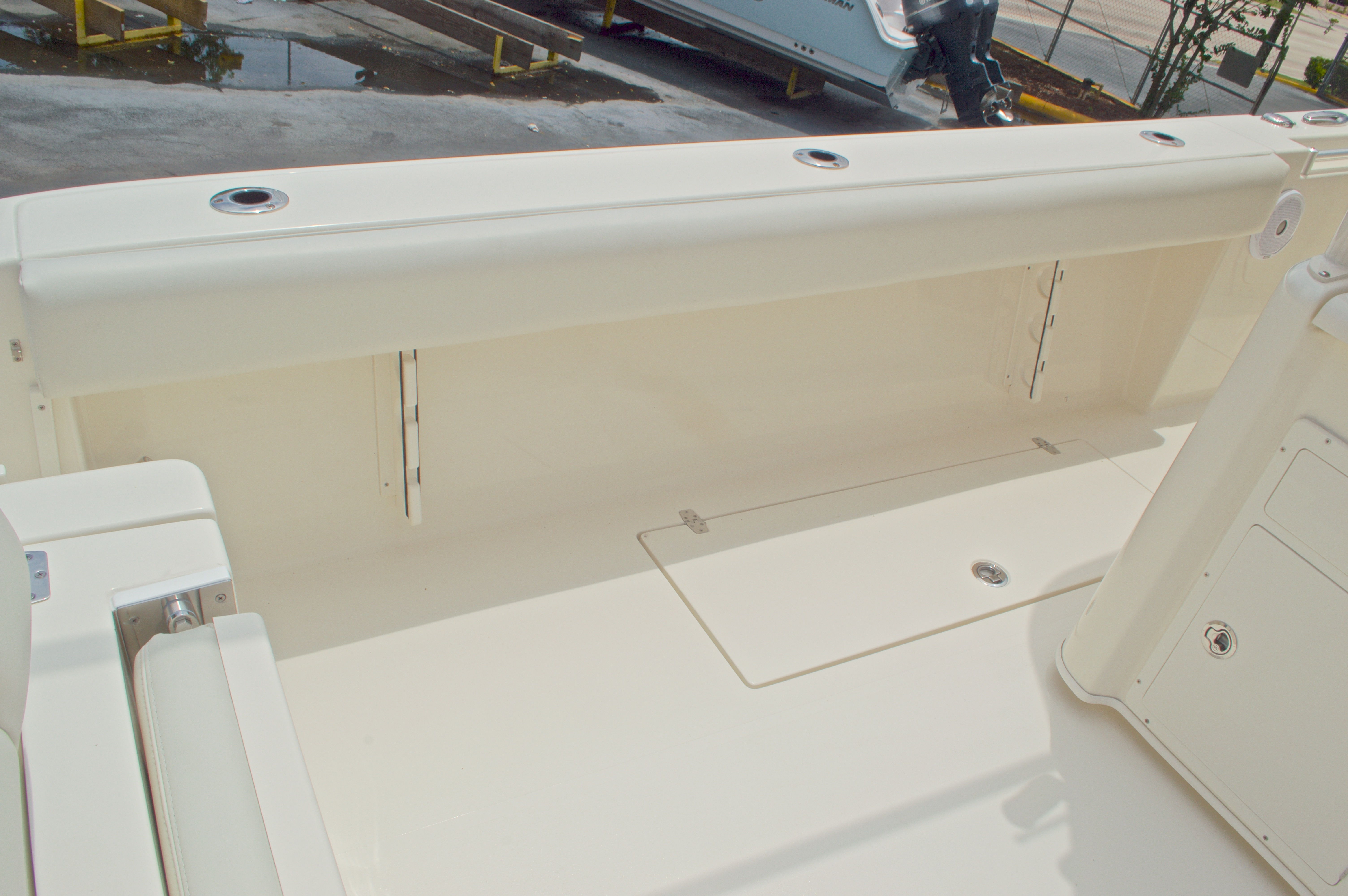 Thumbnail 27 for New 2016 Cobia 344 Center Console boat for sale in West Palm Beach, FL