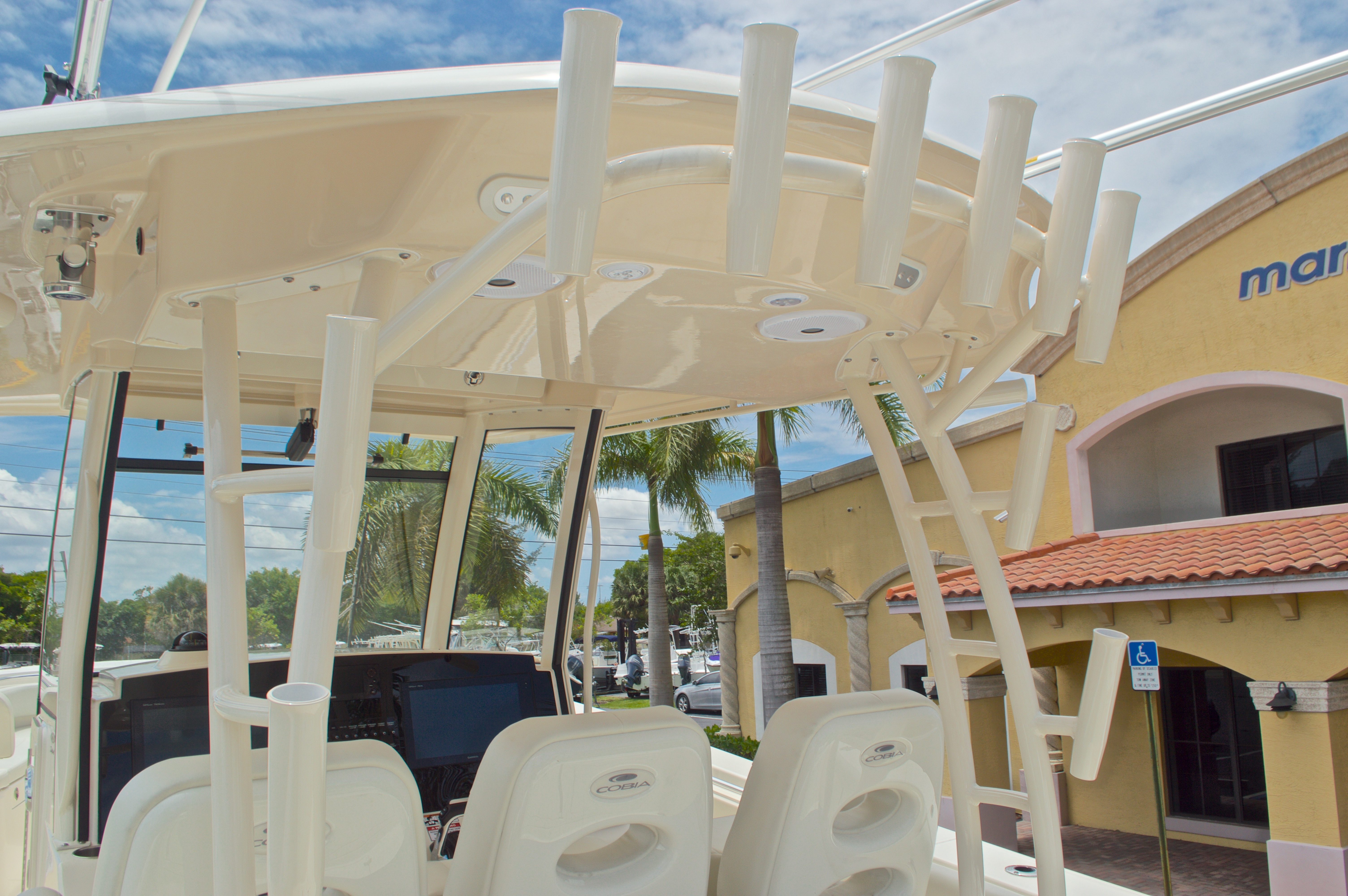 Thumbnail 39 for New 2016 Cobia 344 Center Console boat for sale in West Palm Beach, FL