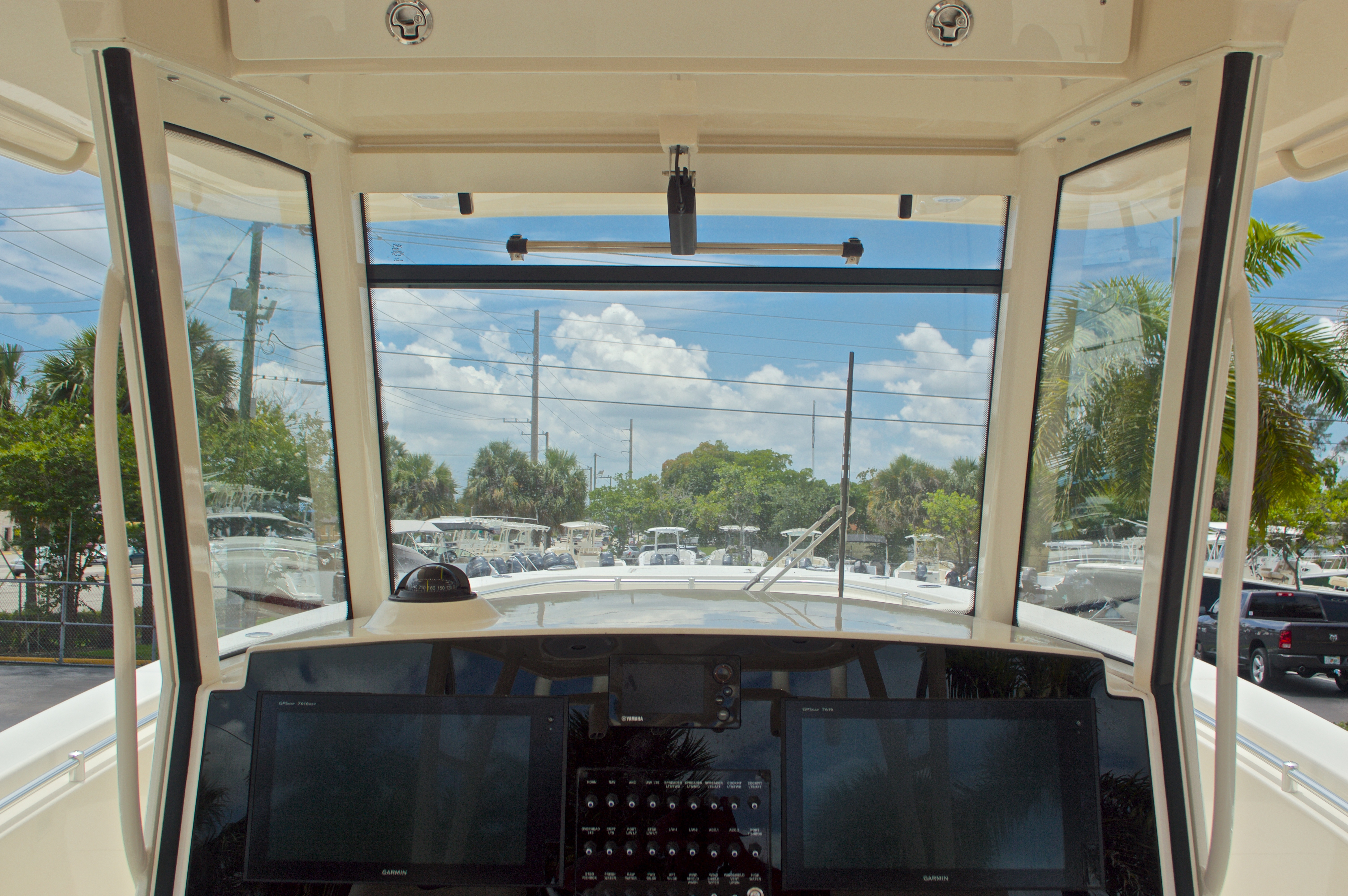 Thumbnail 46 for New 2016 Cobia 344 Center Console boat for sale in West Palm Beach, FL