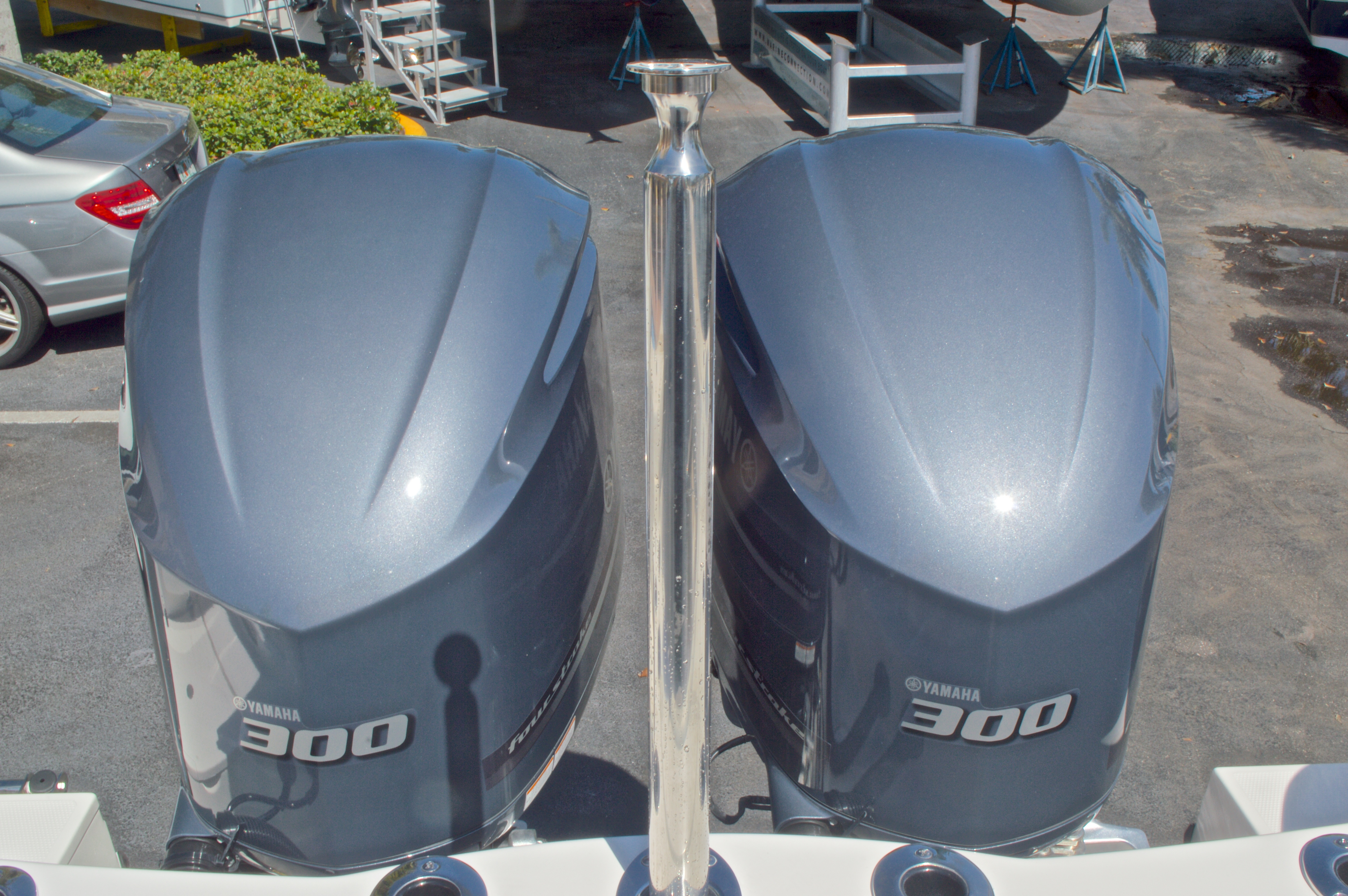 Thumbnail 21 for New 2016 Sailfish 325 Dual Console boat for sale in West Palm Beach, FL