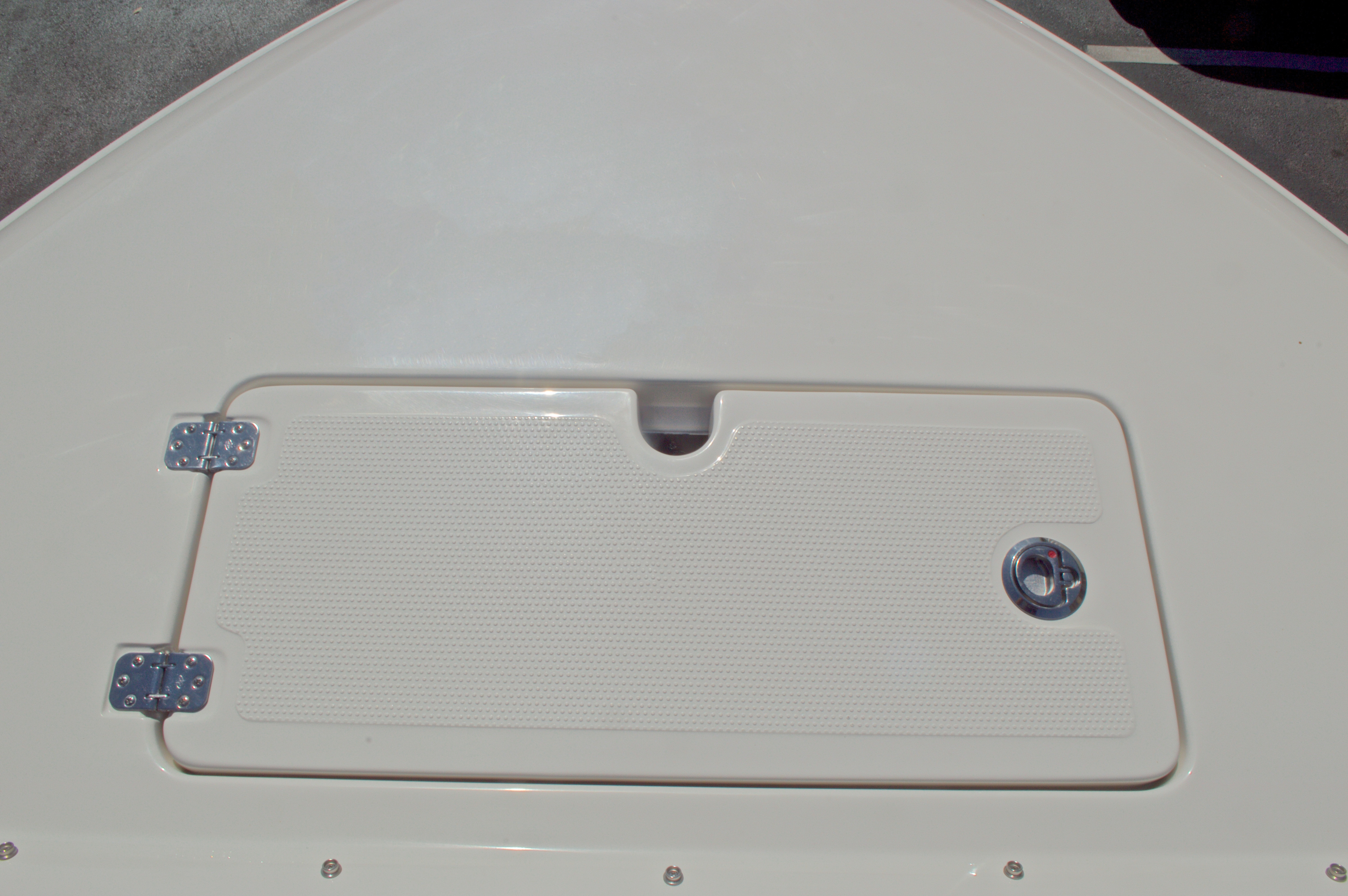 Thumbnail 76 for New 2016 Sailfish 325 Dual Console boat for sale in West Palm Beach, FL