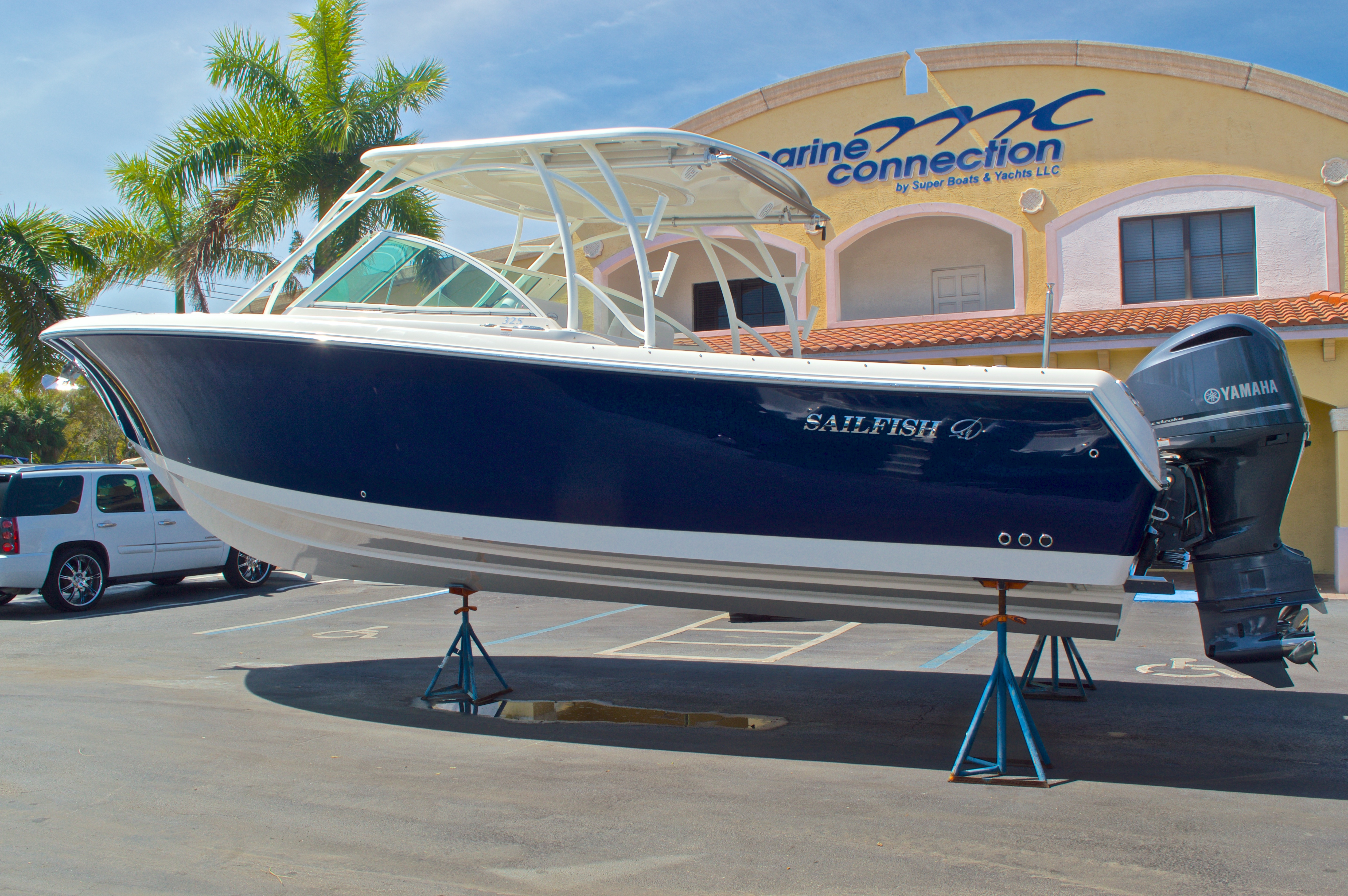 Thumbnail 1 for New 2016 Sailfish 325 Dual Console boat for sale in West Palm Beach, FL