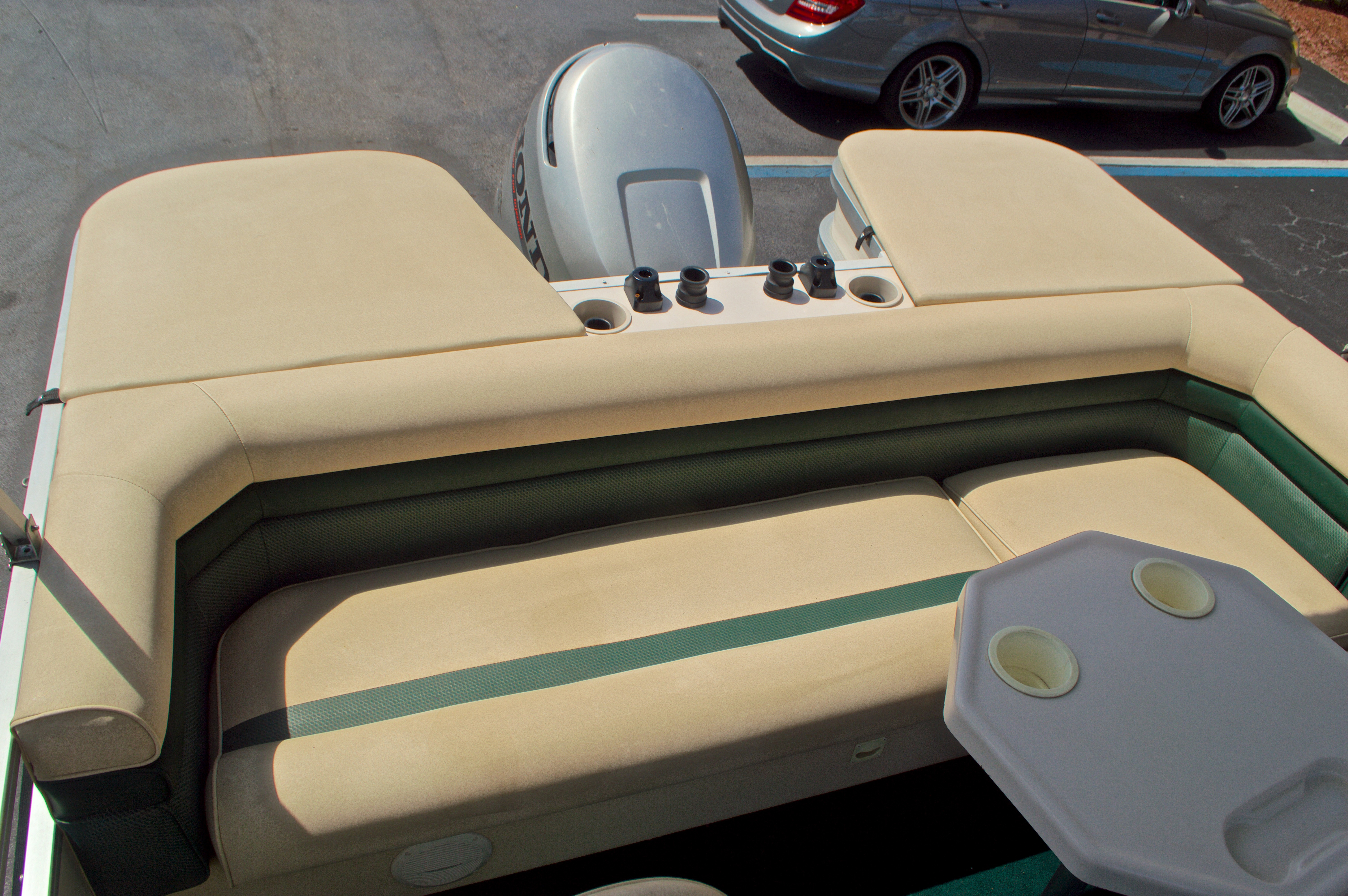 Thumbnail 11 for Used 1997 Hurricane Fun Deck 196LC boat for sale in West Palm Beach, FL