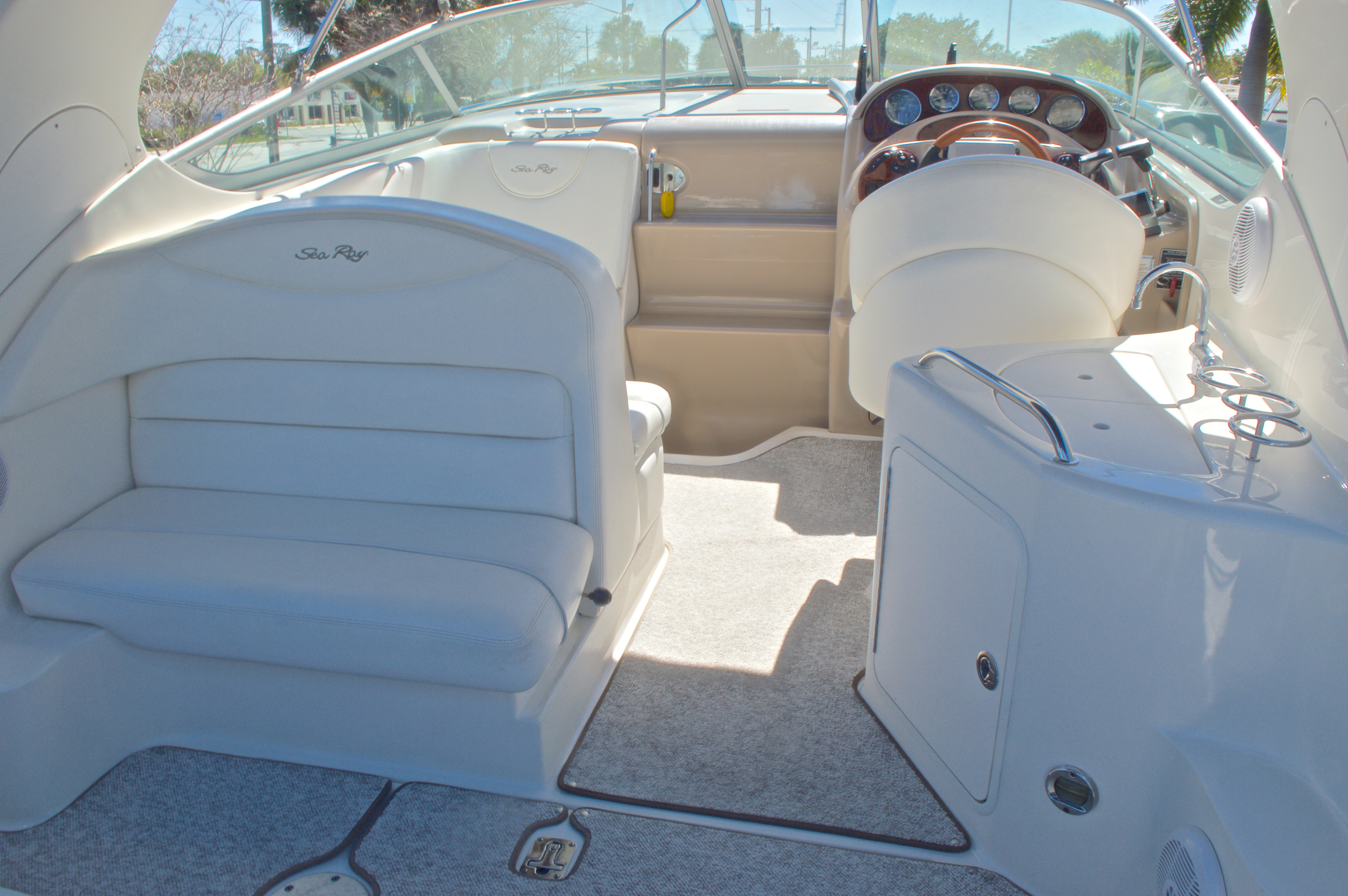 Thumbnail 15 for Used 2005 Sea Ray 280 Sundancer boat for sale in West Palm Beach, FL