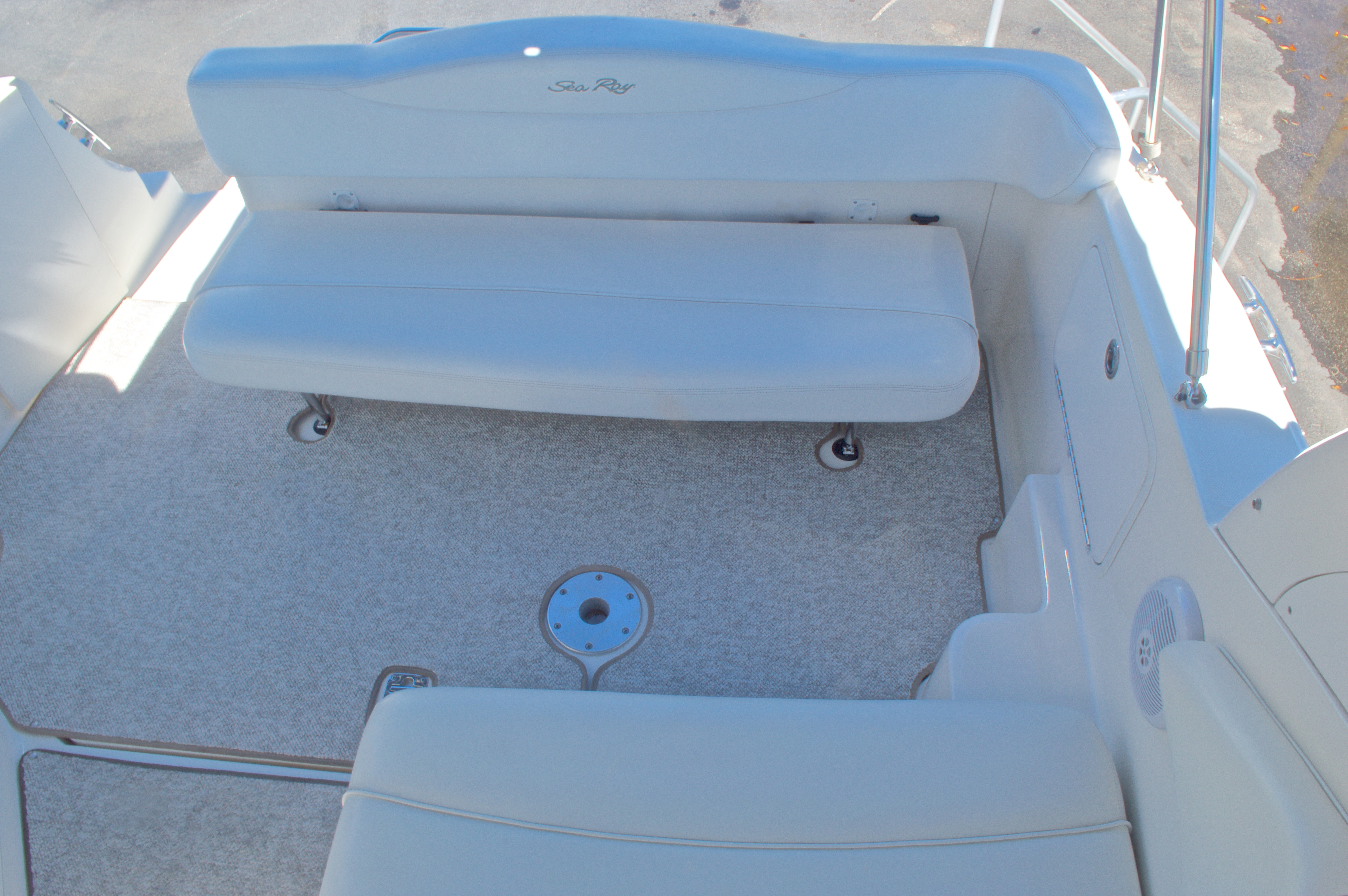 Thumbnail 17 for Used 2005 Sea Ray 280 Sundancer boat for sale in West Palm Beach, FL