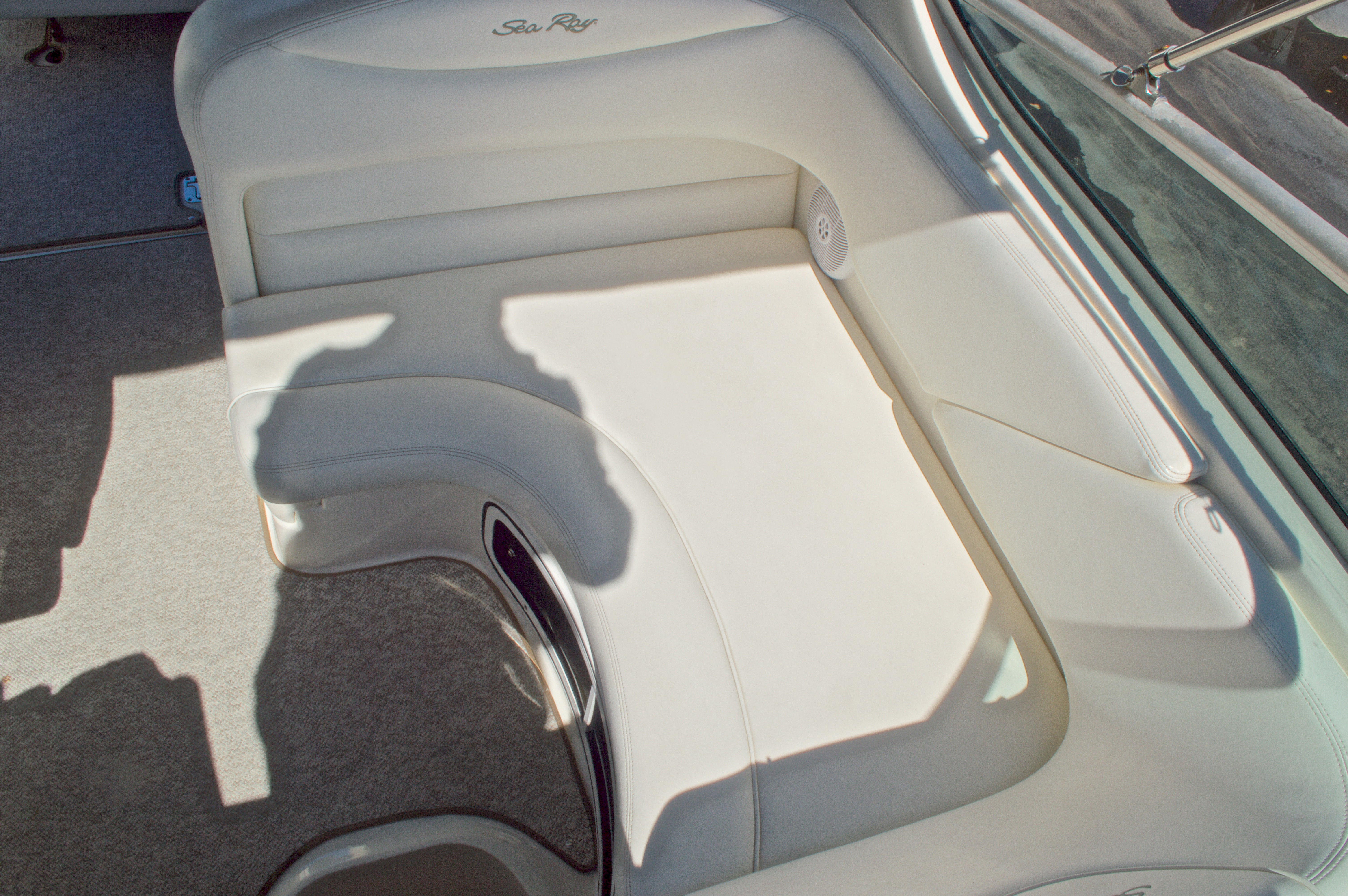 Thumbnail 28 for Used 2005 Sea Ray 280 Sundancer boat for sale in West Palm Beach, FL