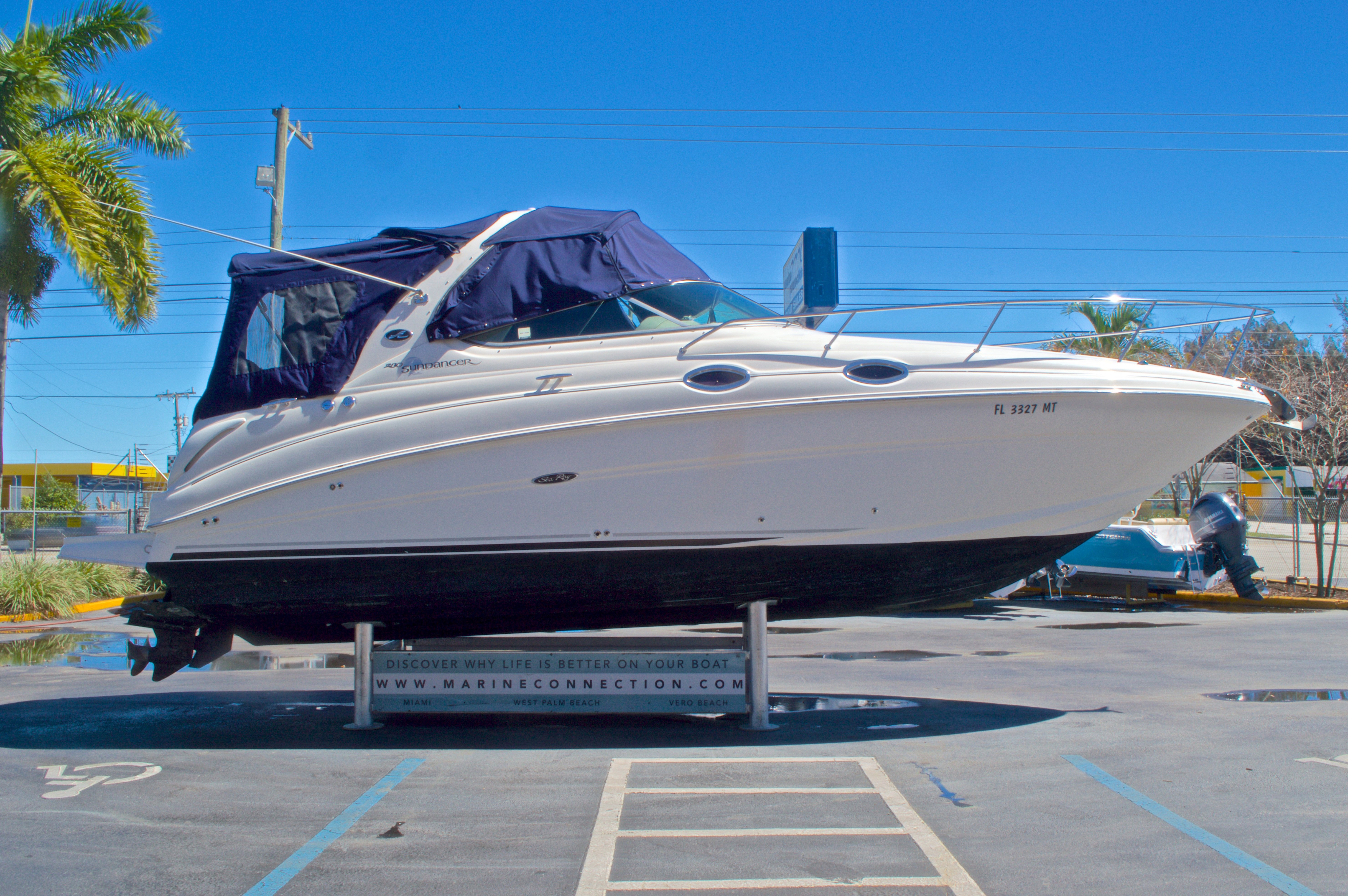 Thumbnail 4 for Used 2005 Sea Ray 280 Sundancer boat for sale in West Palm Beach, FL