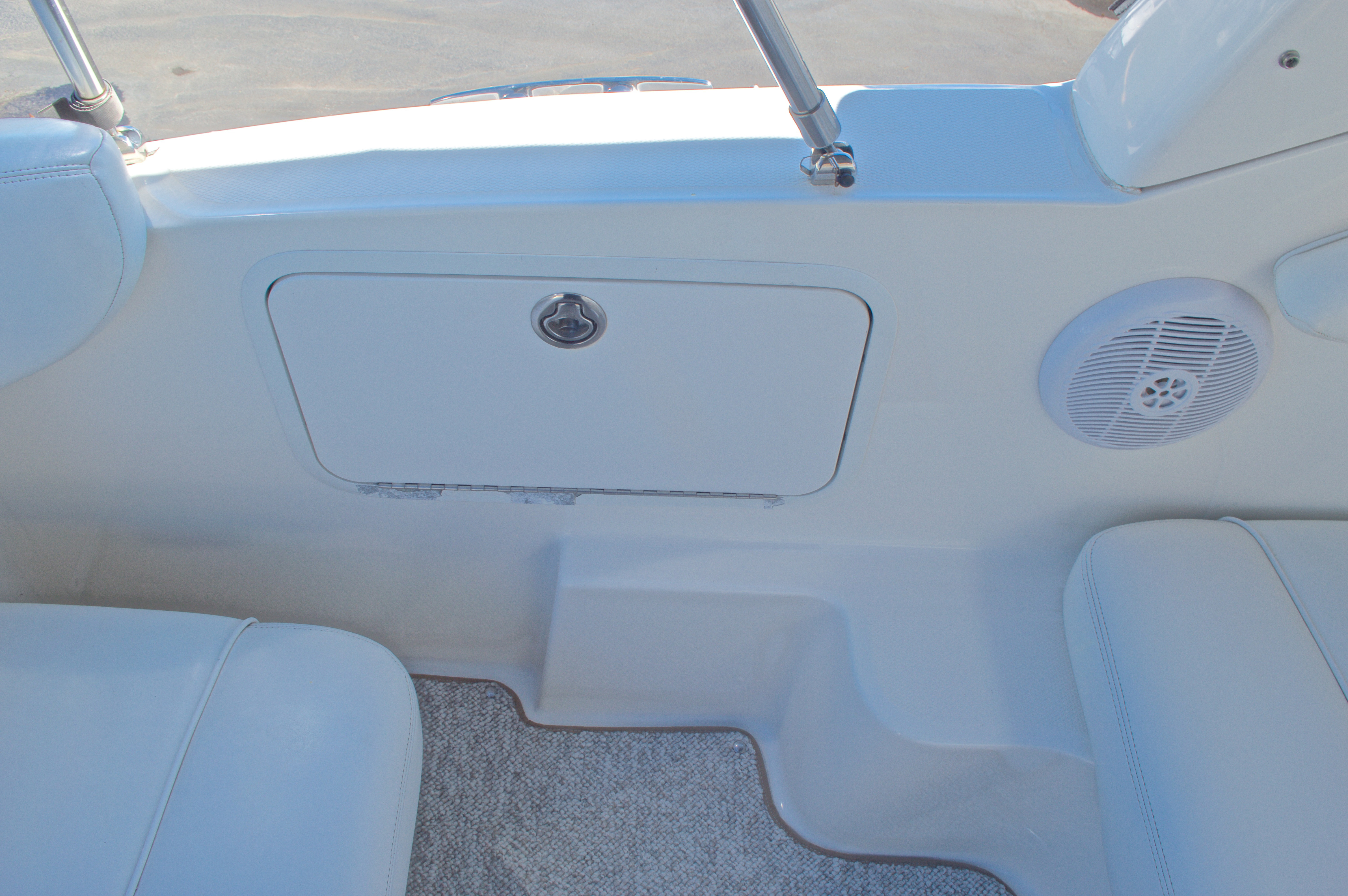 Thumbnail 19 for Used 2005 Sea Ray 280 Sundancer boat for sale in West Palm Beach, FL