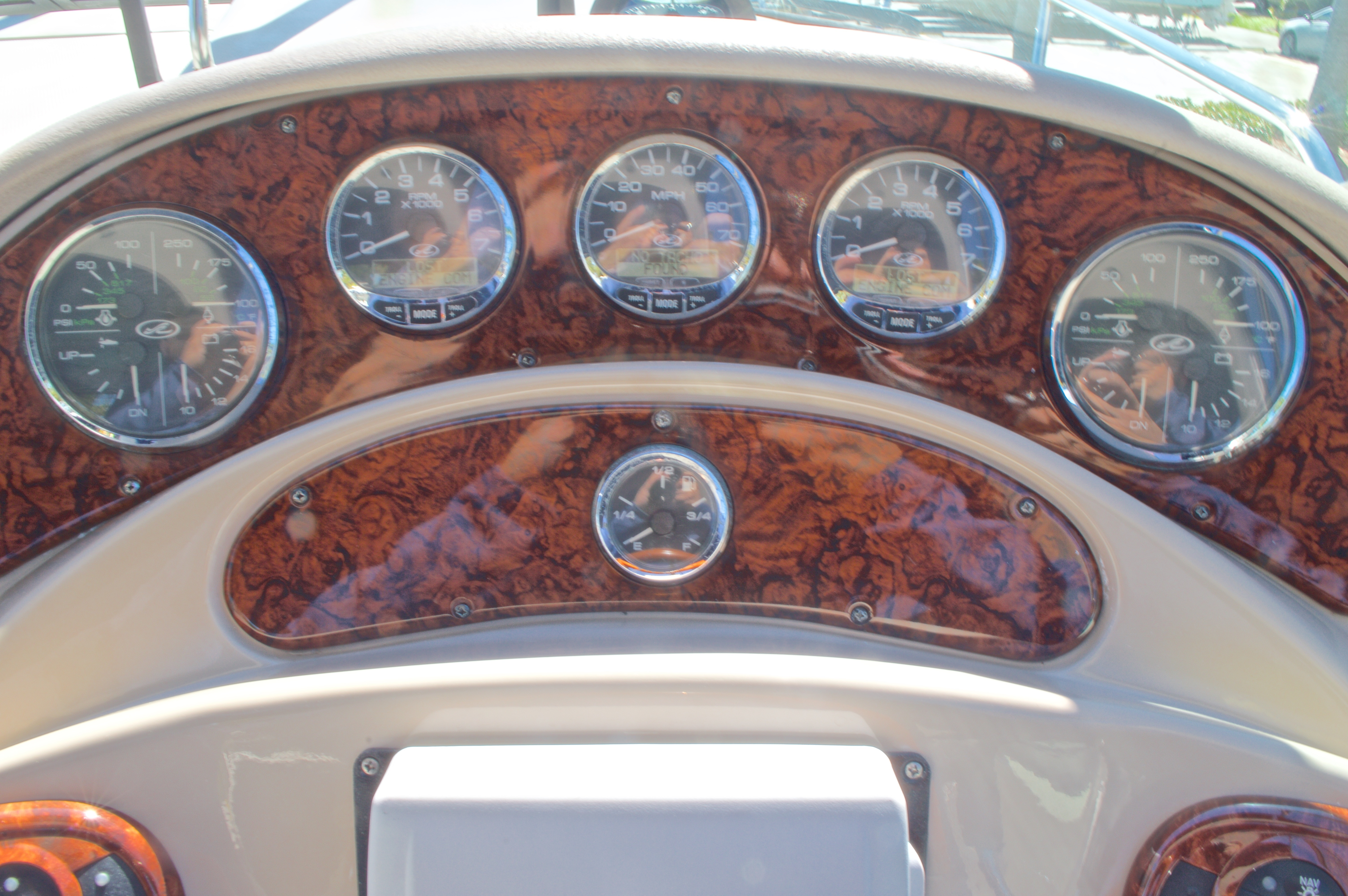 Thumbnail 33 for Used 2005 Sea Ray 280 Sundancer boat for sale in West Palm Beach, FL