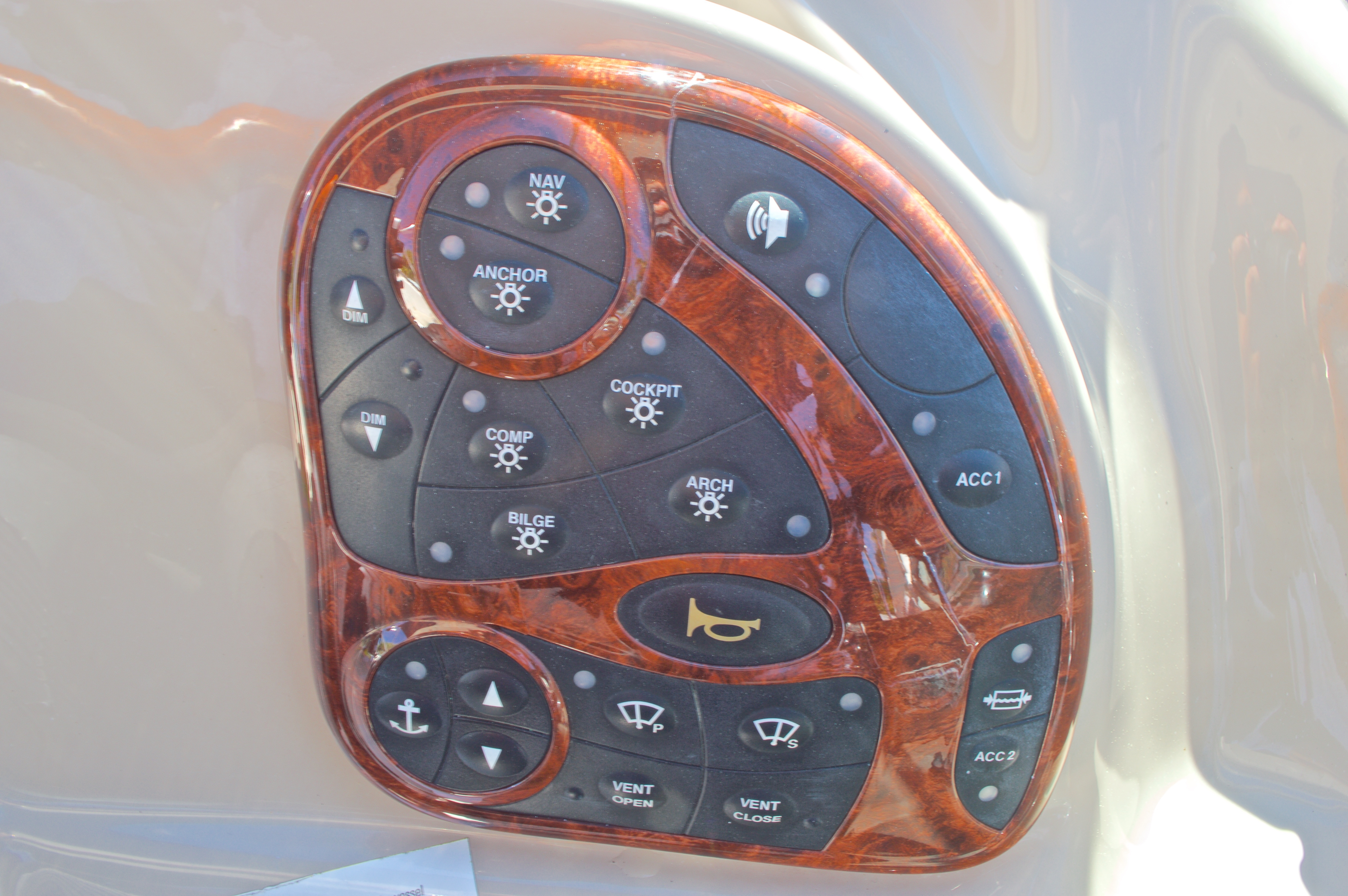 Thumbnail 42 for Used 2005 Sea Ray 280 Sundancer boat for sale in West Palm Beach, FL