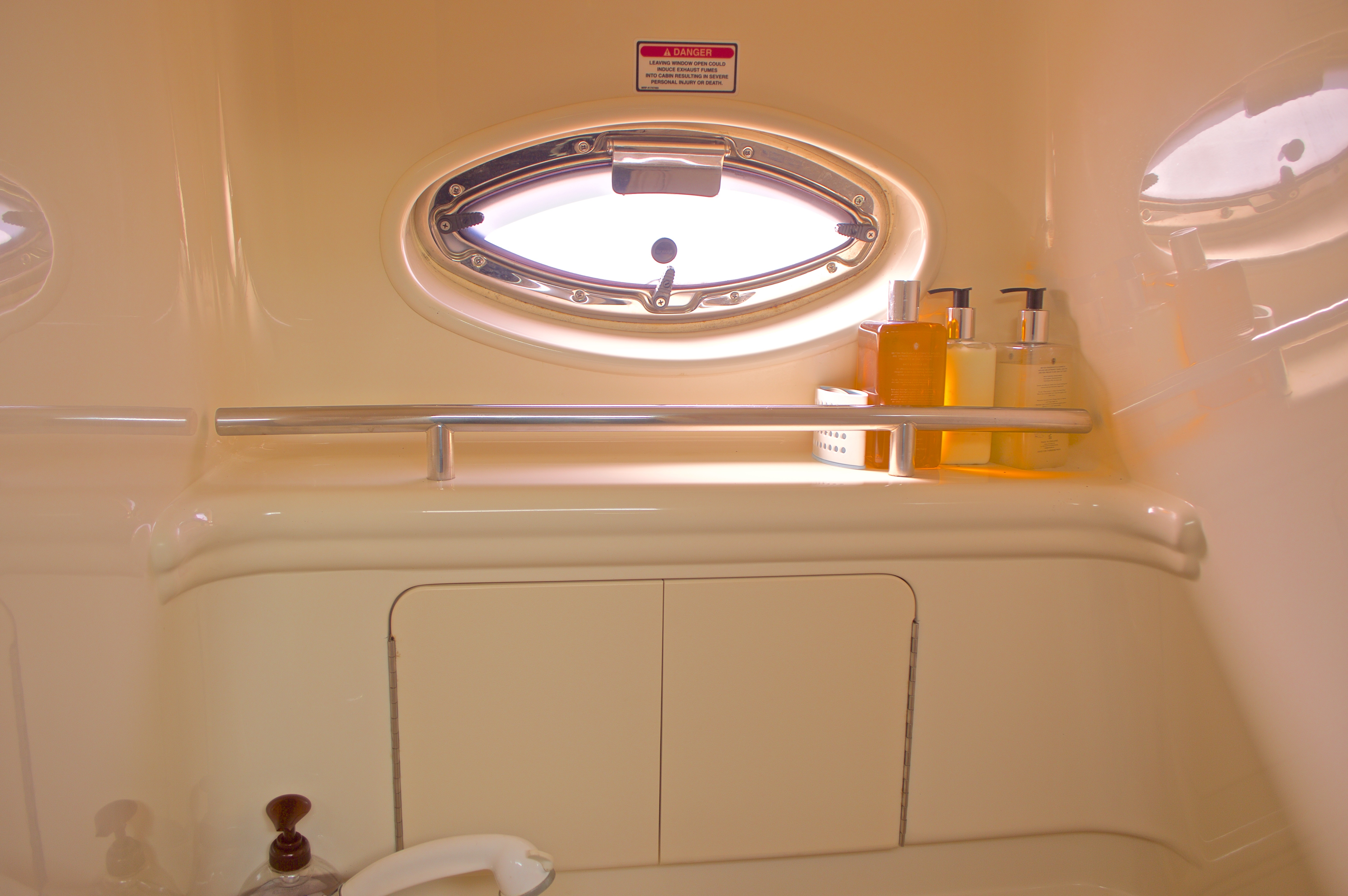 Thumbnail 61 for Used 2005 Sea Ray 280 Sundancer boat for sale in West Palm Beach, FL