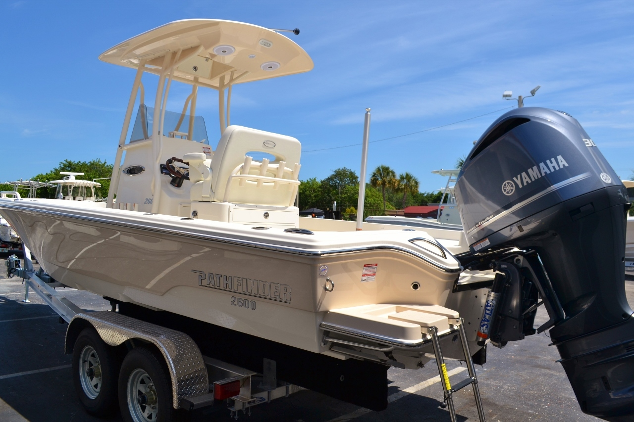 Thumbnail 4 for New 2016 Pathfinder 2600 TRS boat for sale in Vero Beach, FL