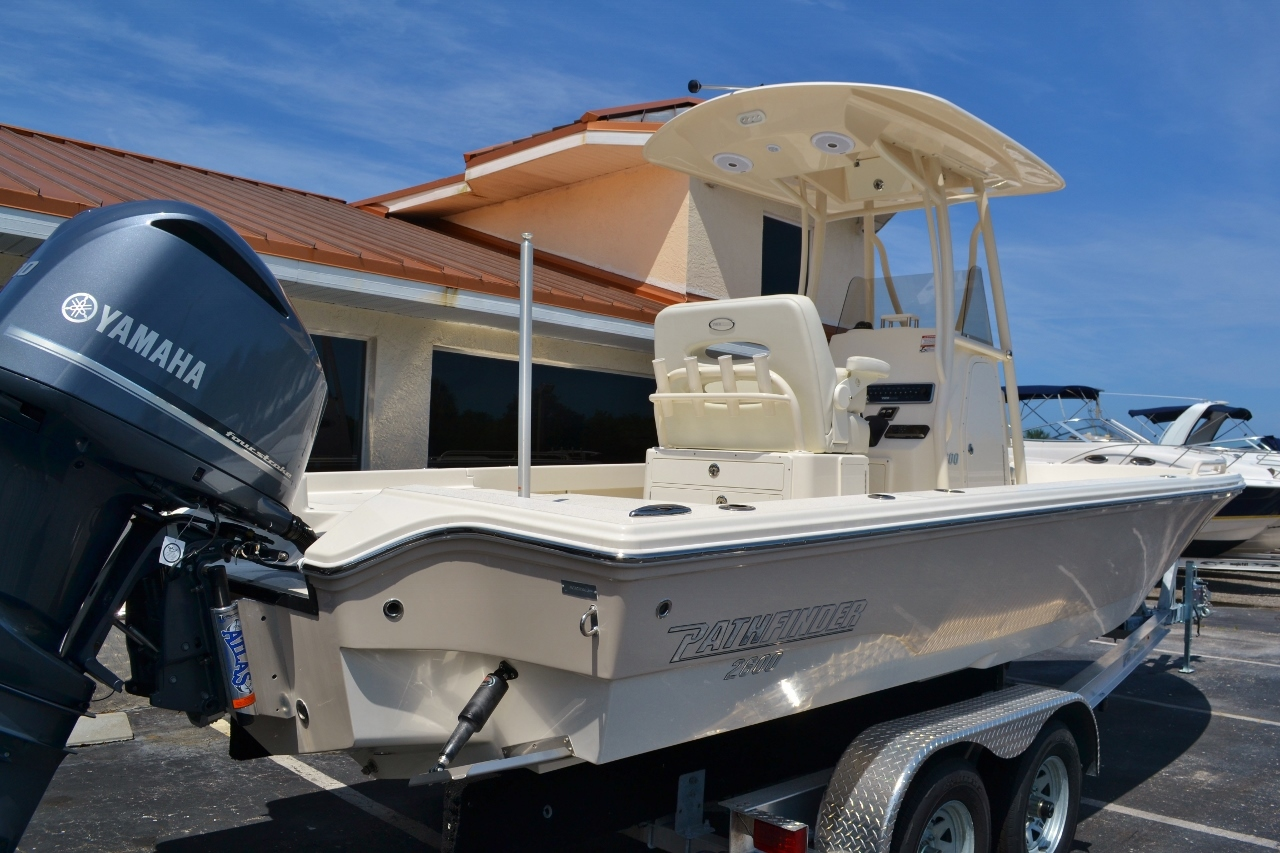 Thumbnail 6 for New 2016 Pathfinder 2600 TRS boat for sale in Vero Beach, FL