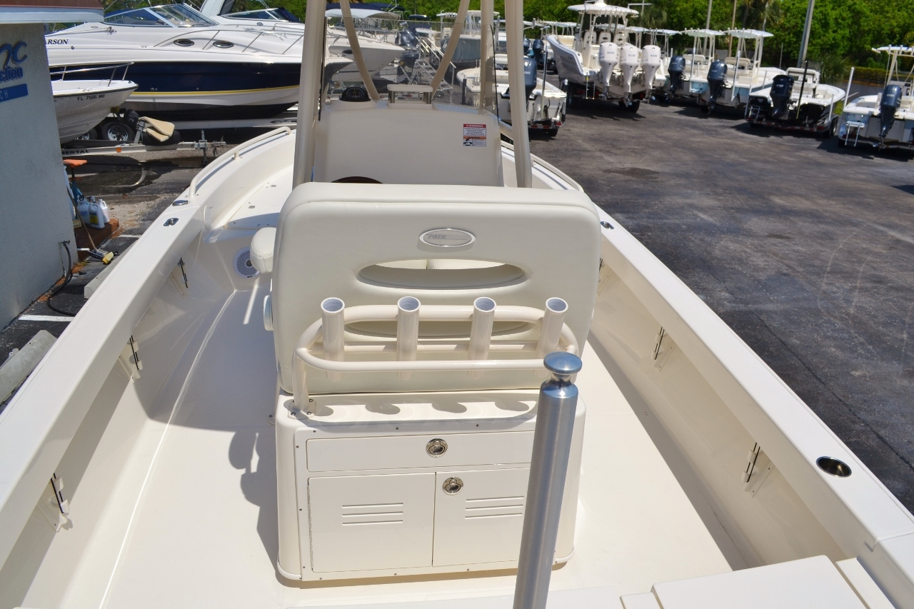 Thumbnail 10 for New 2016 Pathfinder 2600 TRS boat for sale in Vero Beach, FL