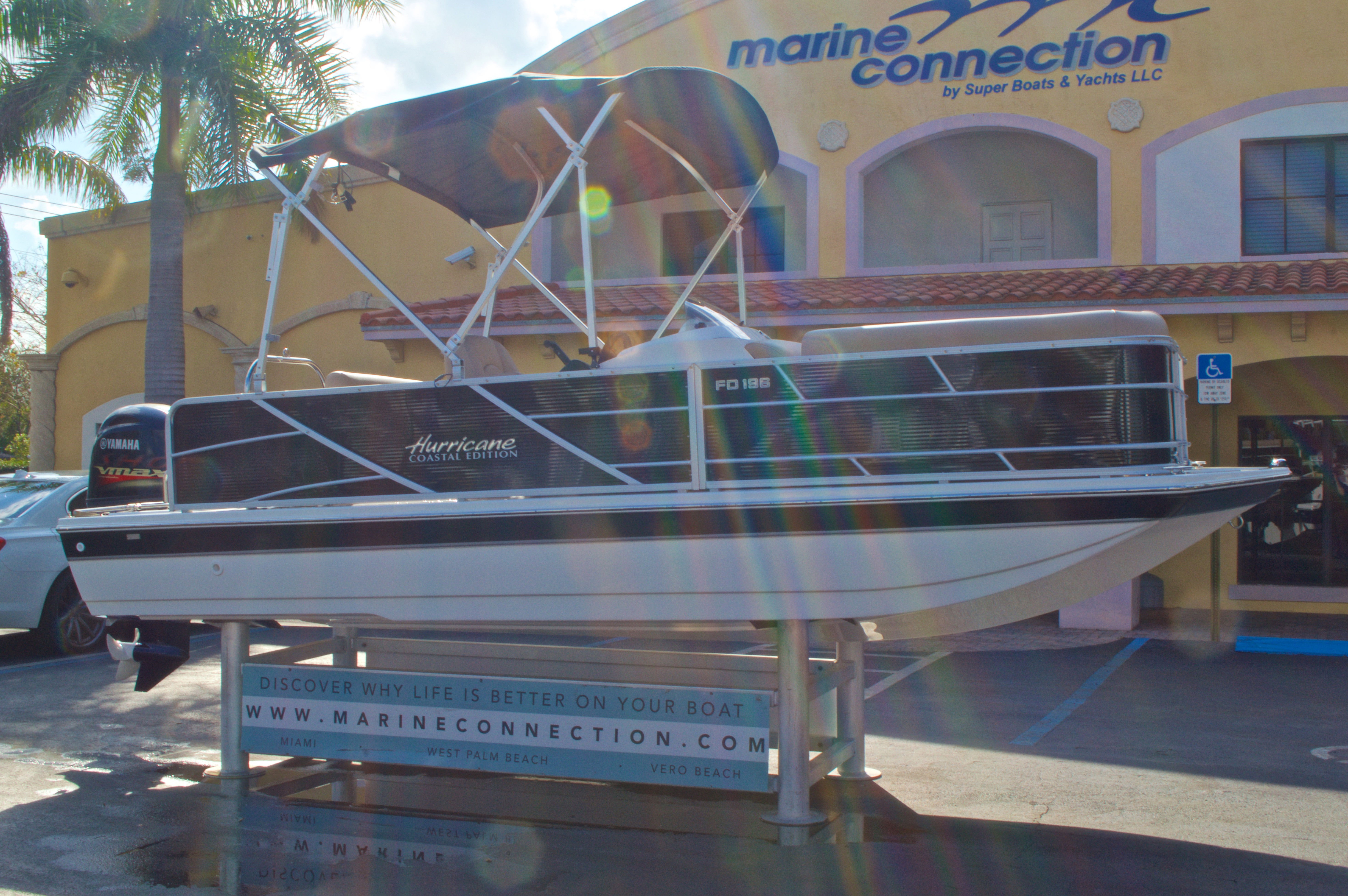 Thumbnail 1 for New 2016 Hurricane Fundeck FD 196 OB boat for sale in West Palm Beach, FL