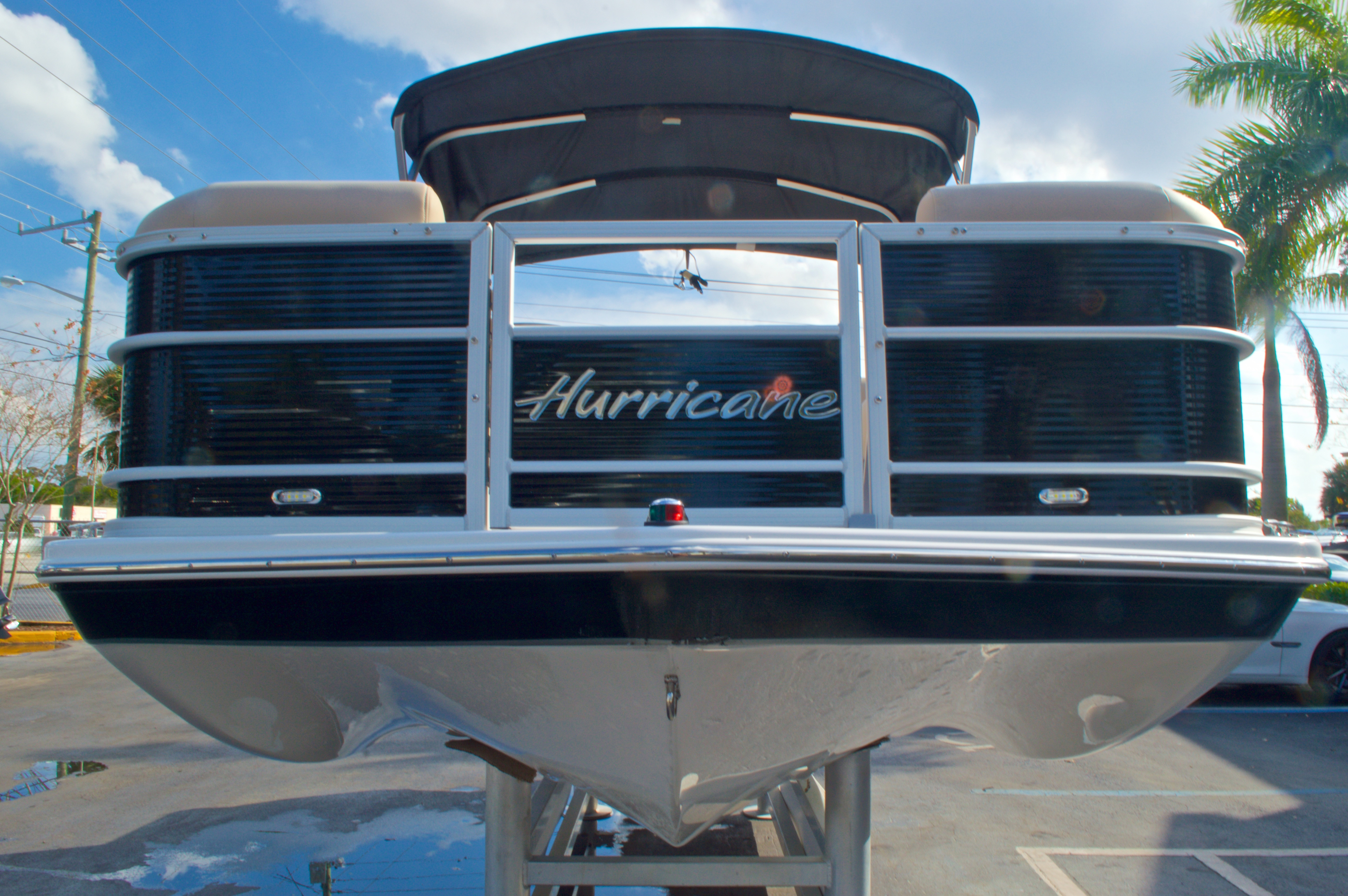 Thumbnail 3 for New 2016 Hurricane Fundeck FD 196 OB boat for sale in West Palm Beach, FL
